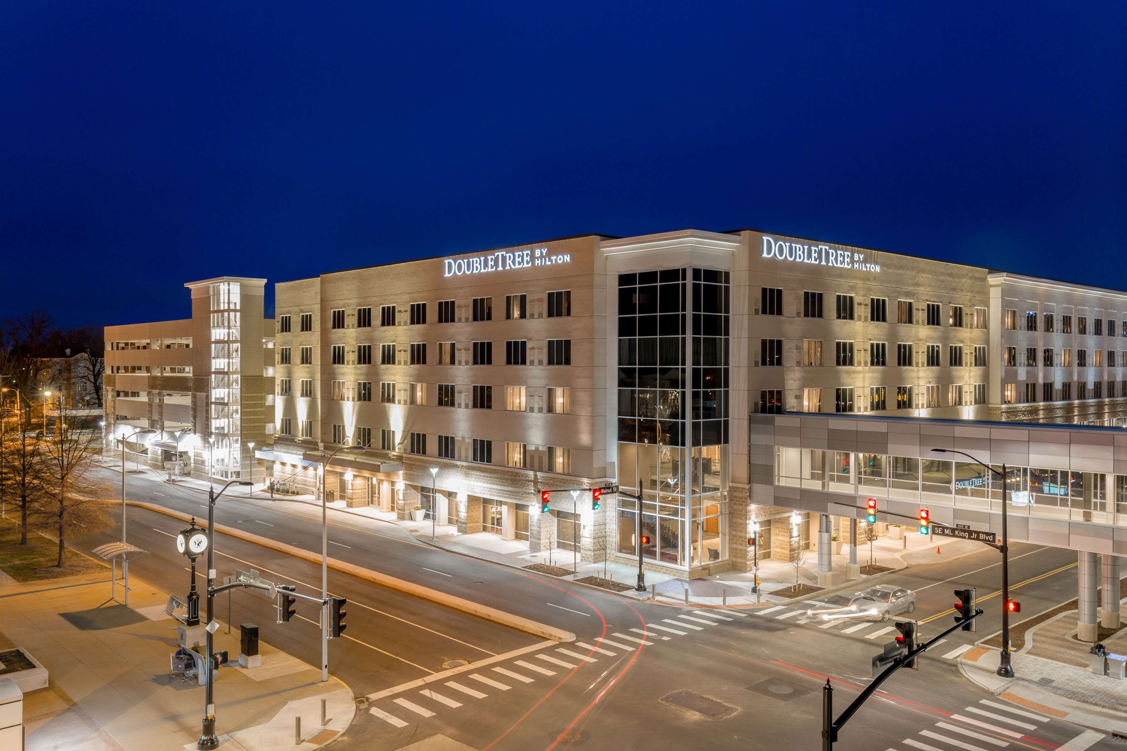 DoubleTree by Hilton Evansville image 0