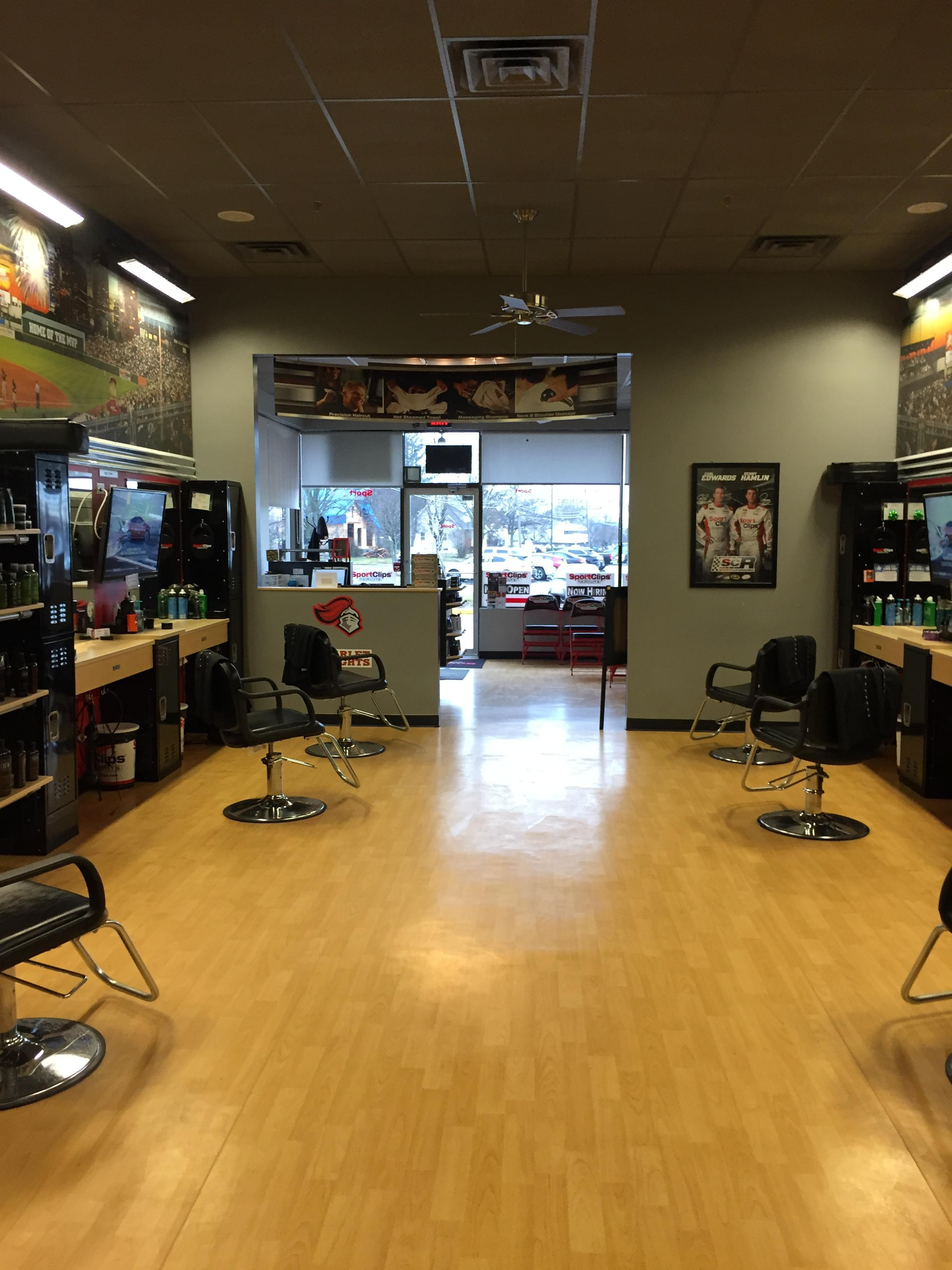 Sport Clips Haircuts of East Brunswick image 6