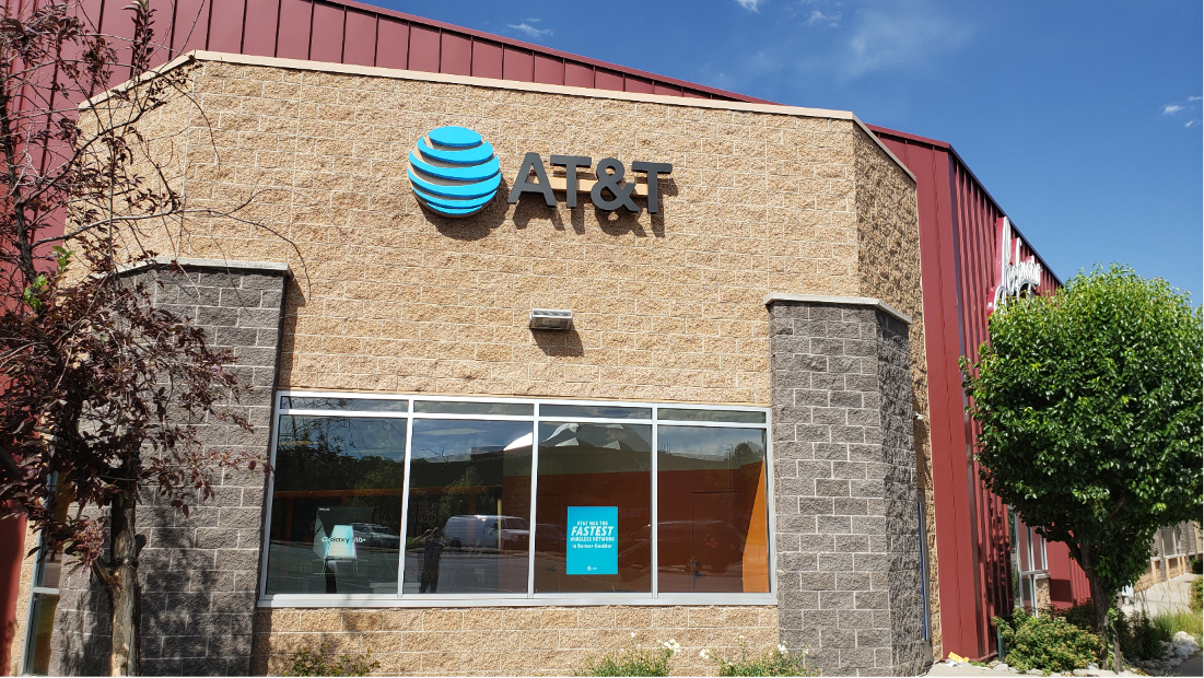 AT&T Store in Lakewood, CO, photo #2