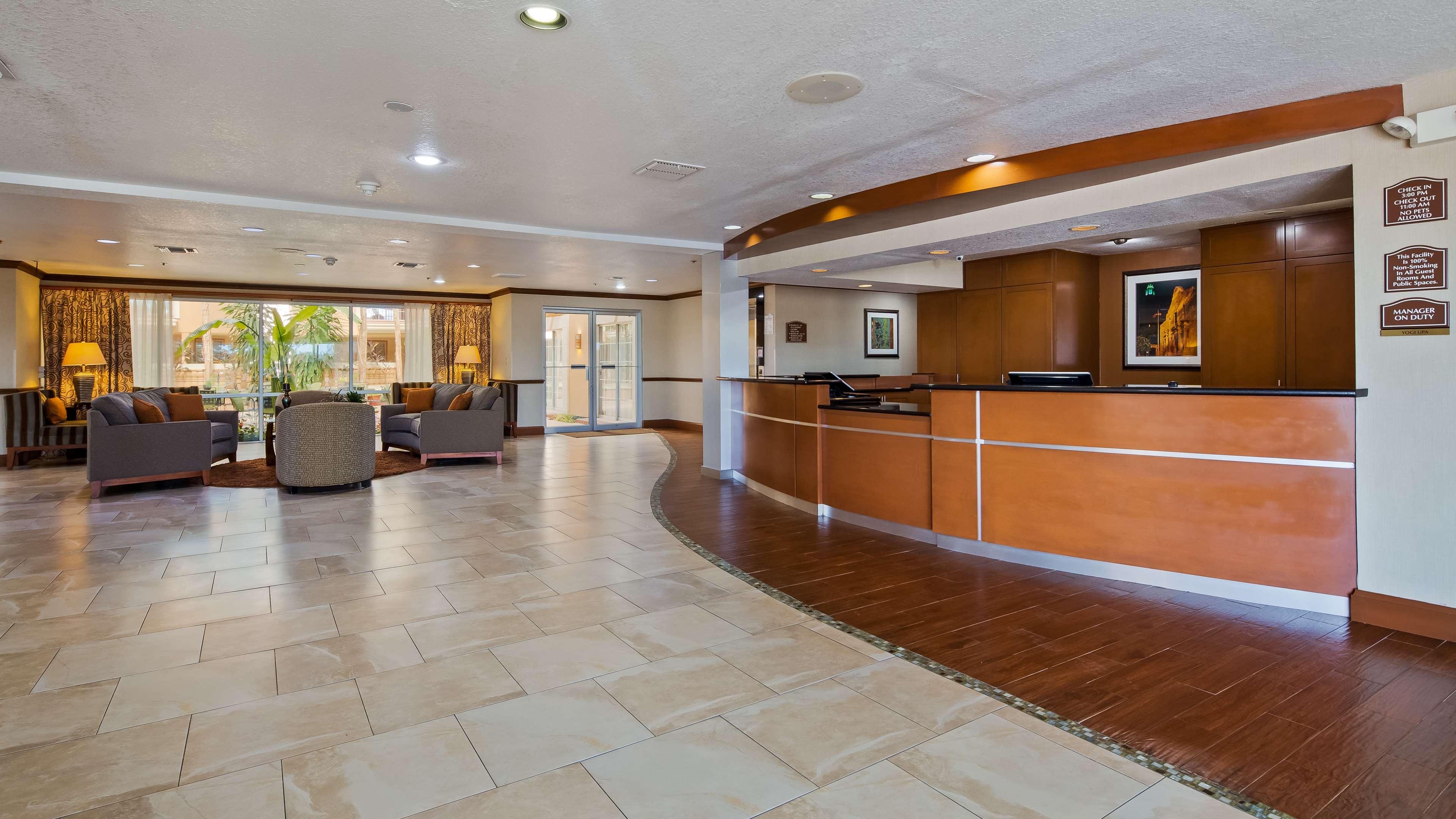 Best Western Plus Atrium Inn image 4