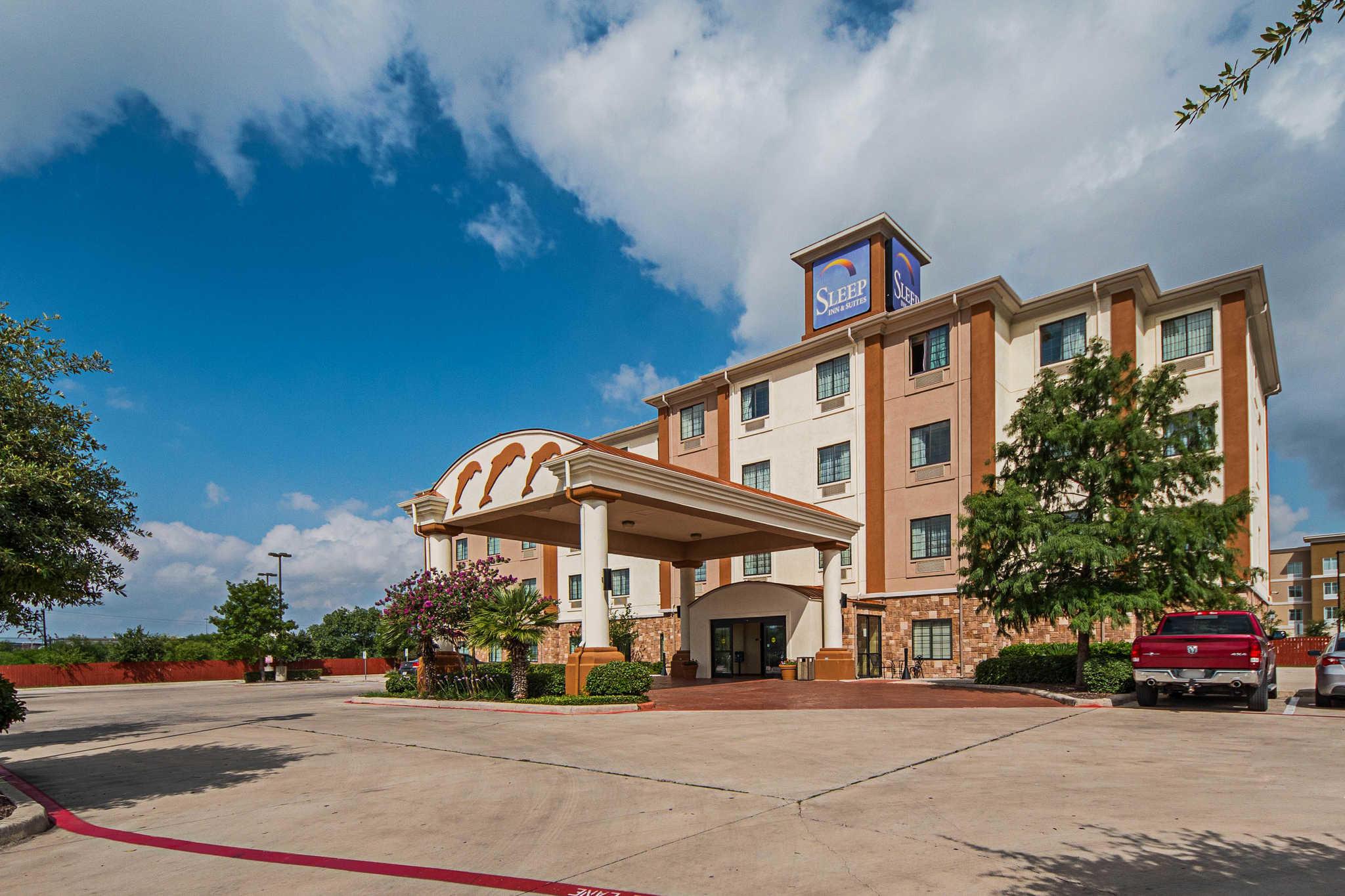 Sleep Inn Amp Suites Near Seaworld At 143 Richland Hills