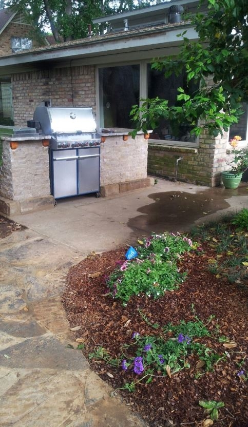 Anderson Custom Landscaping image 1