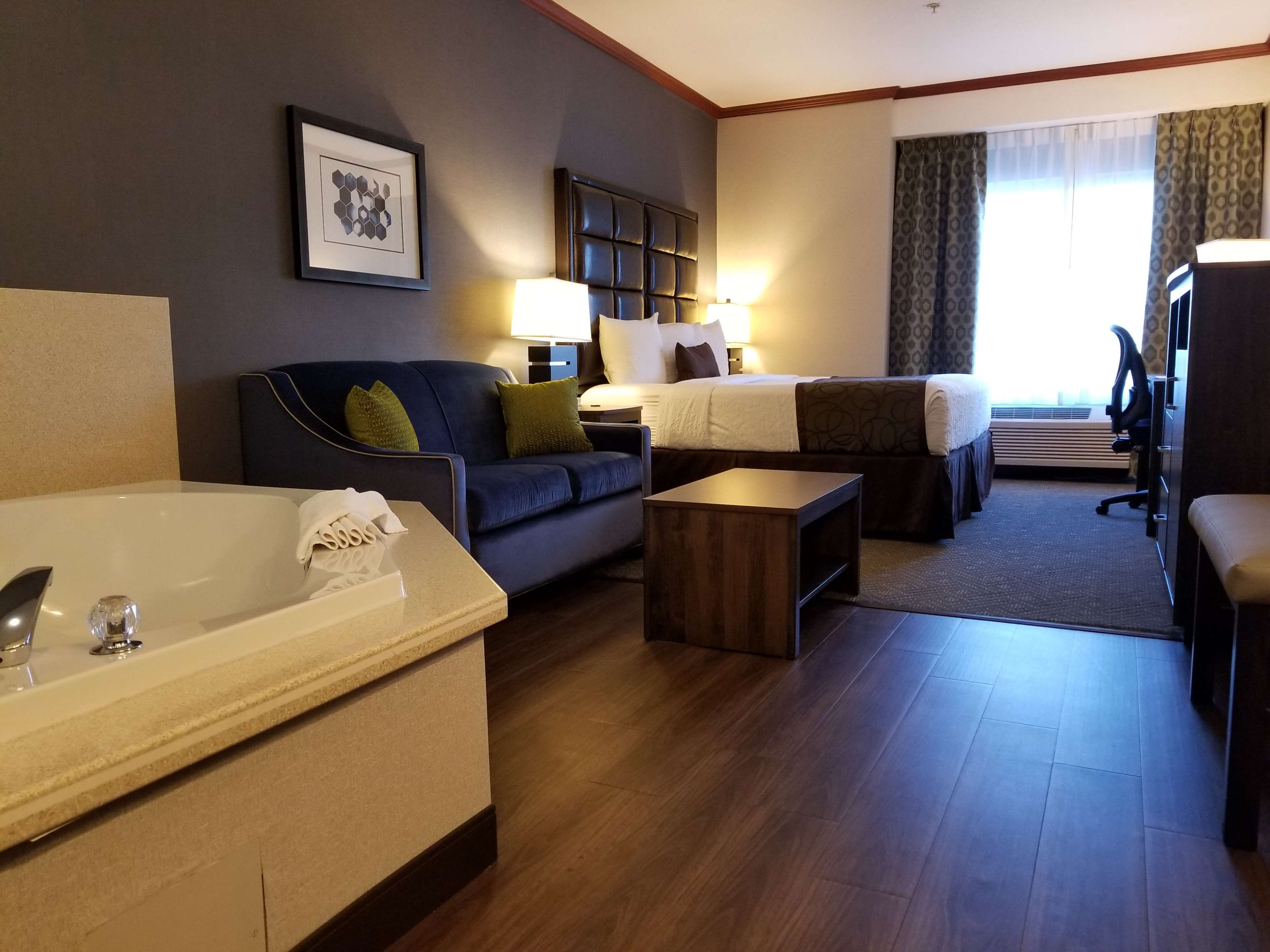 Best Western Plus Northwind Inn & Suites image 7