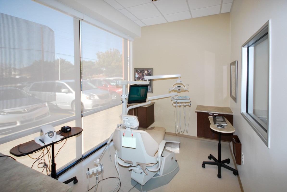 Plano Modern Dentistry image 4