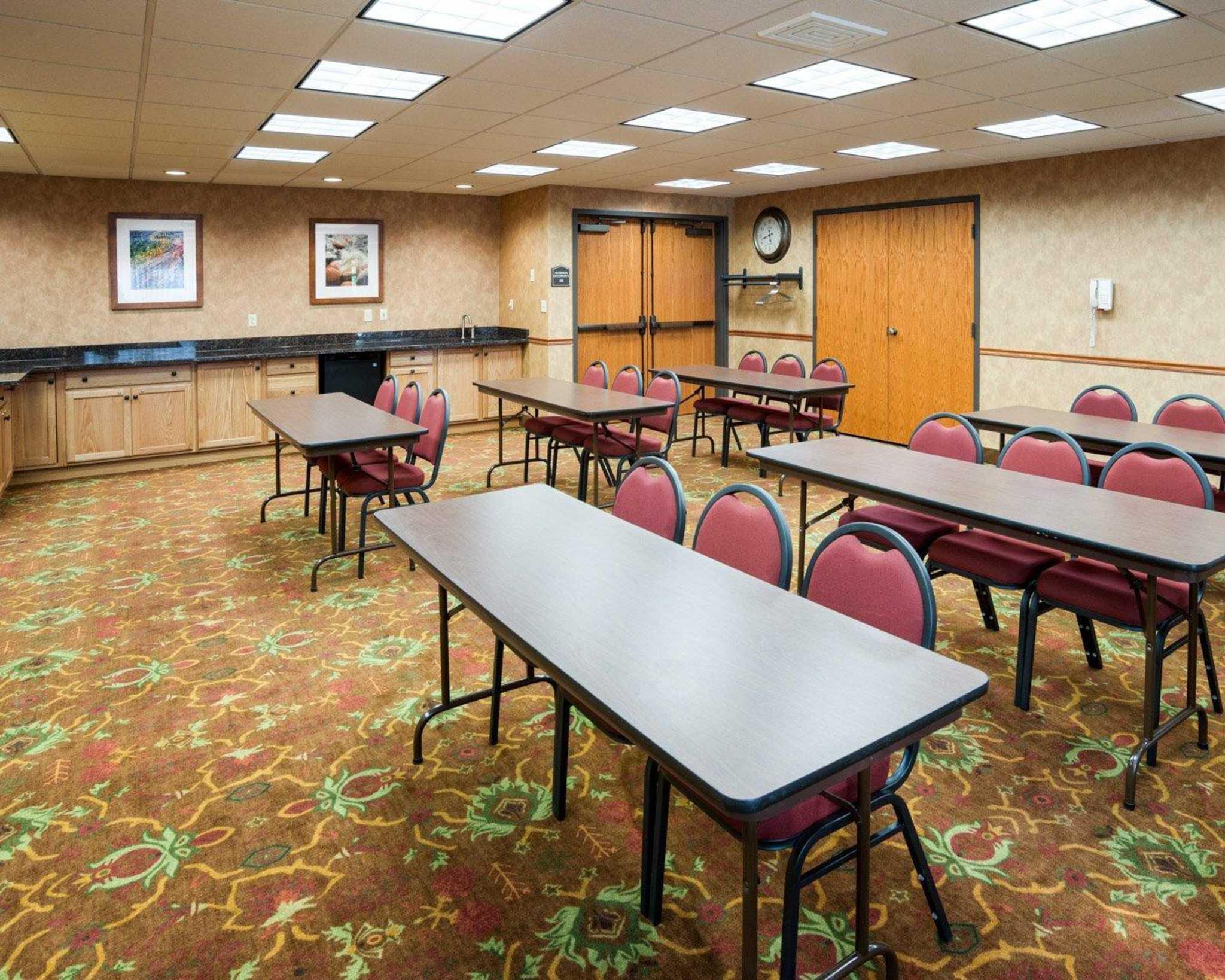 Comfort Suites Canal Park image 17