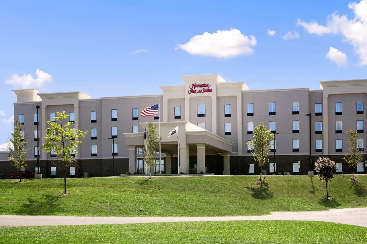 Hampton Inn & Suites Mansfield image 8