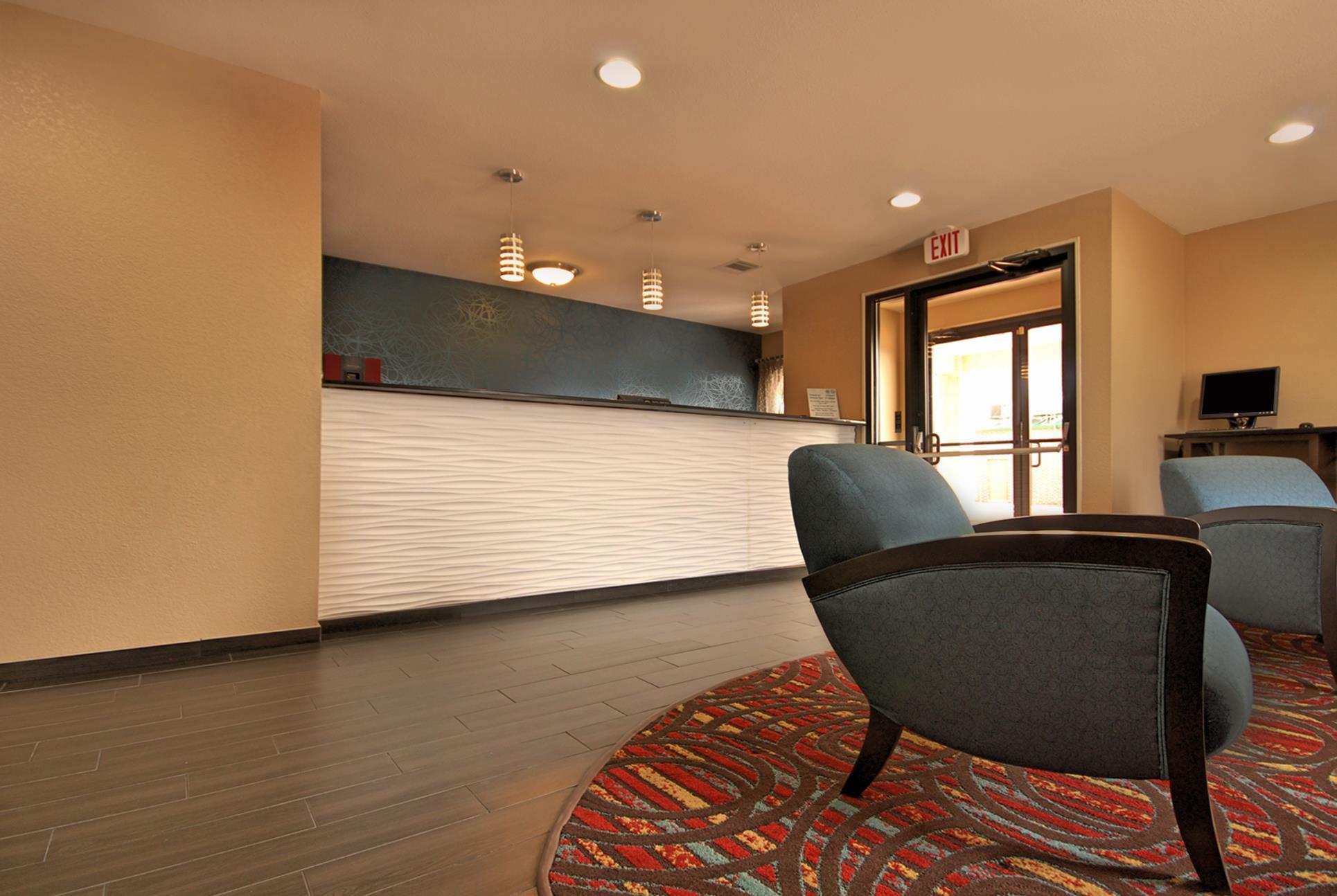 Best Western Cedar Inn image 4
