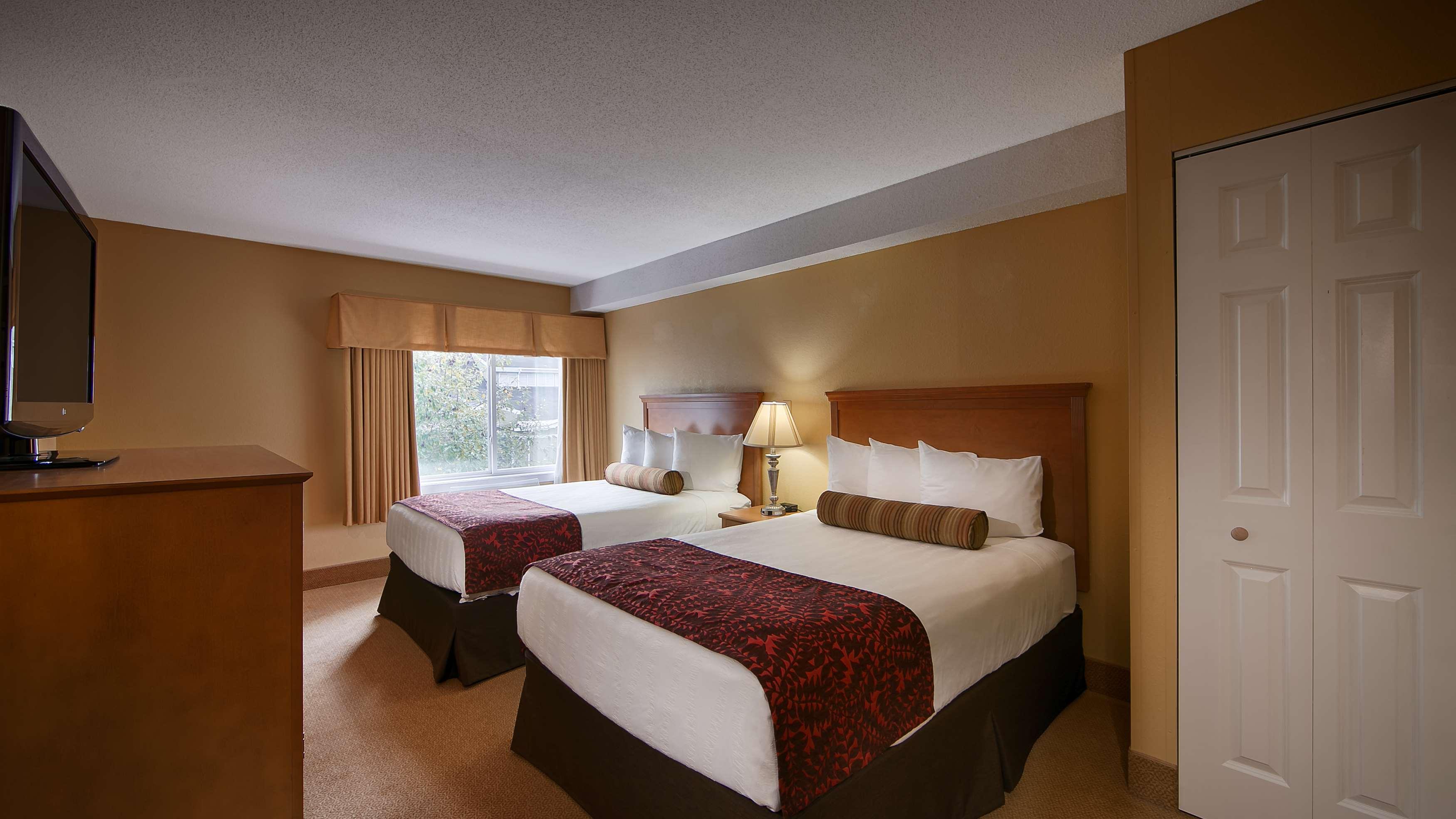 Best Western Plus Windjammer Inn & Conference Center image 29