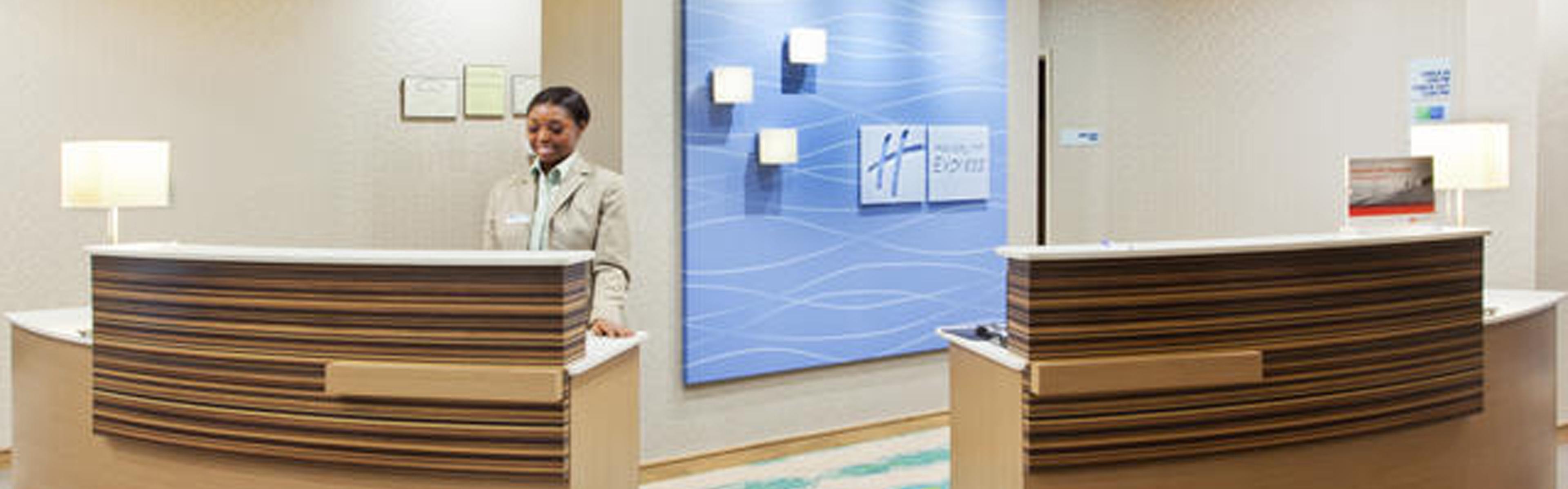 Holiday Inn Express & Suites Warner Robins North West image 0