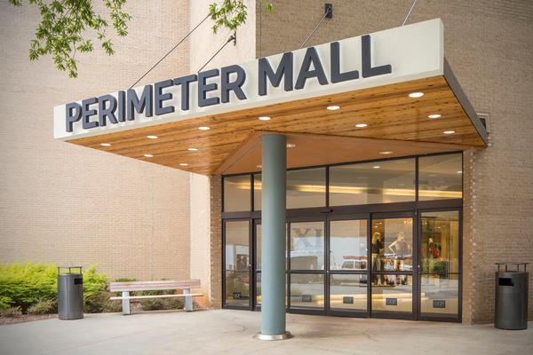 Perimeter Mall image 11