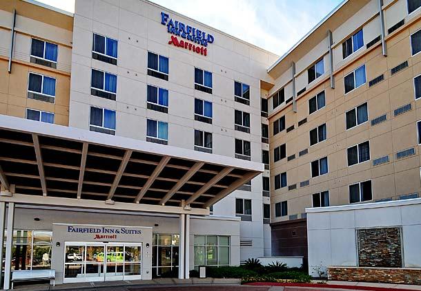 Fairfield Inn & Suites by Marriott Phoenix Chandler/Fashion Center image 0