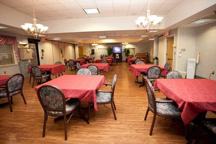 Portside Health & Rehab Center image 5