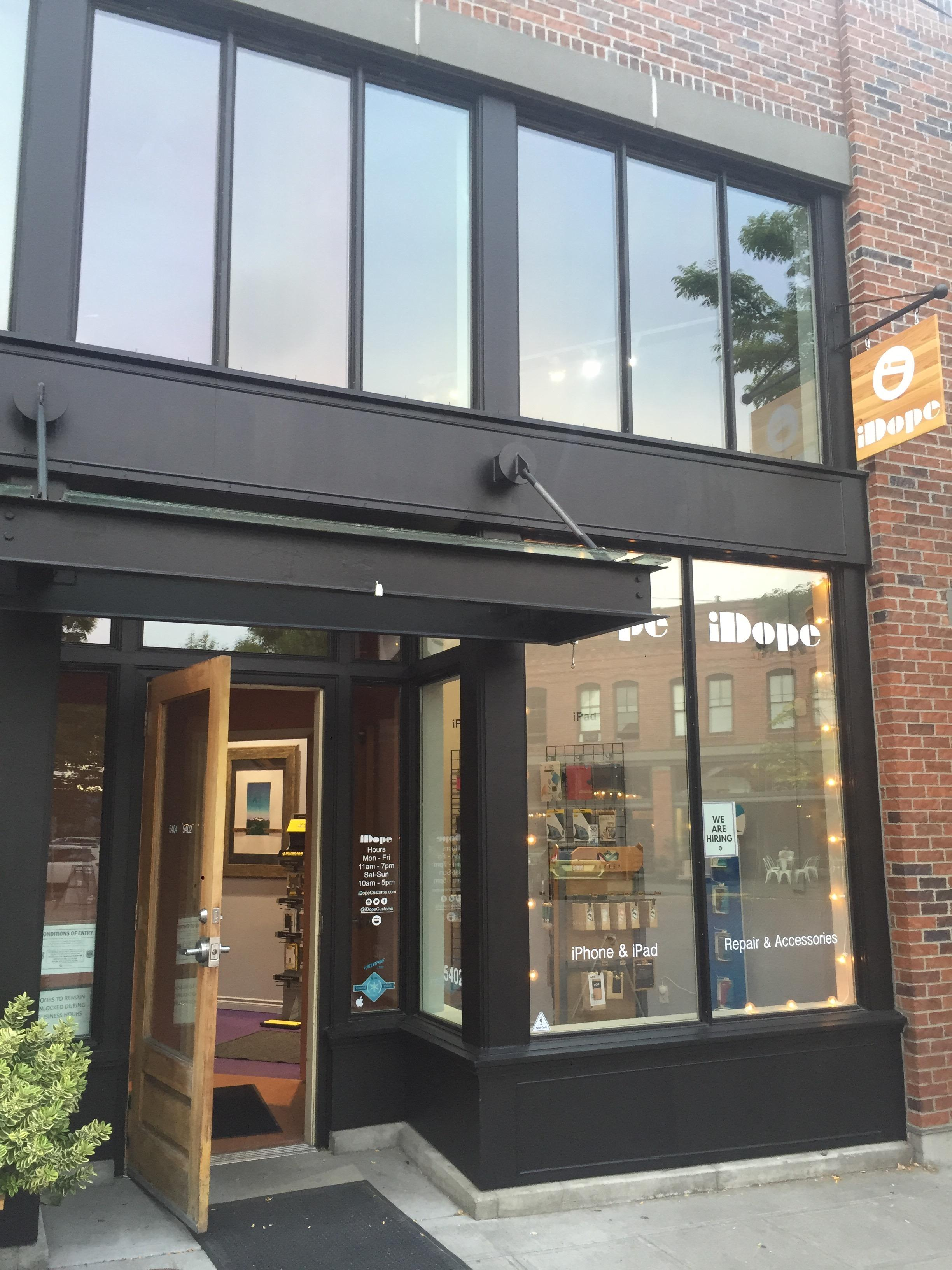 iDope Customs Ballard - Seattle iPhone, iPad, Macbook Computer Repair and Accessories image 7