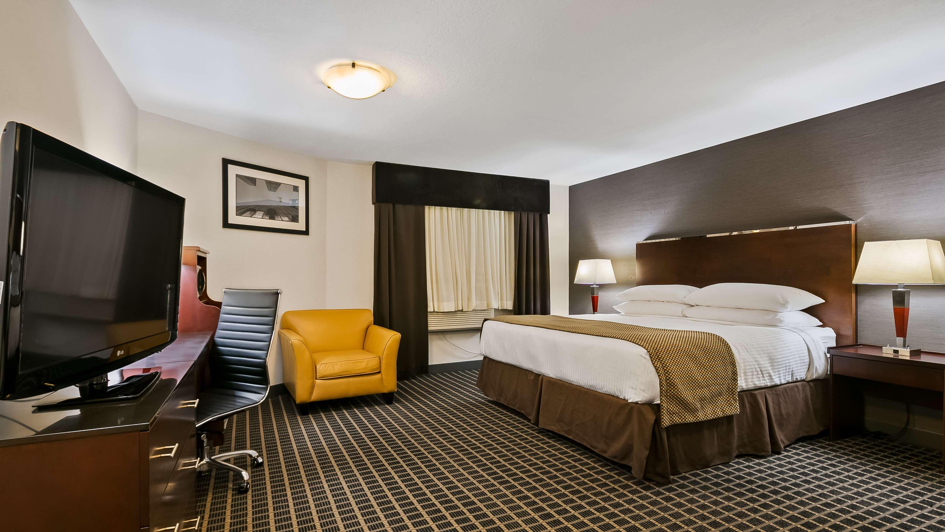 Best Western Airport Inn in Calgary: Guest Room