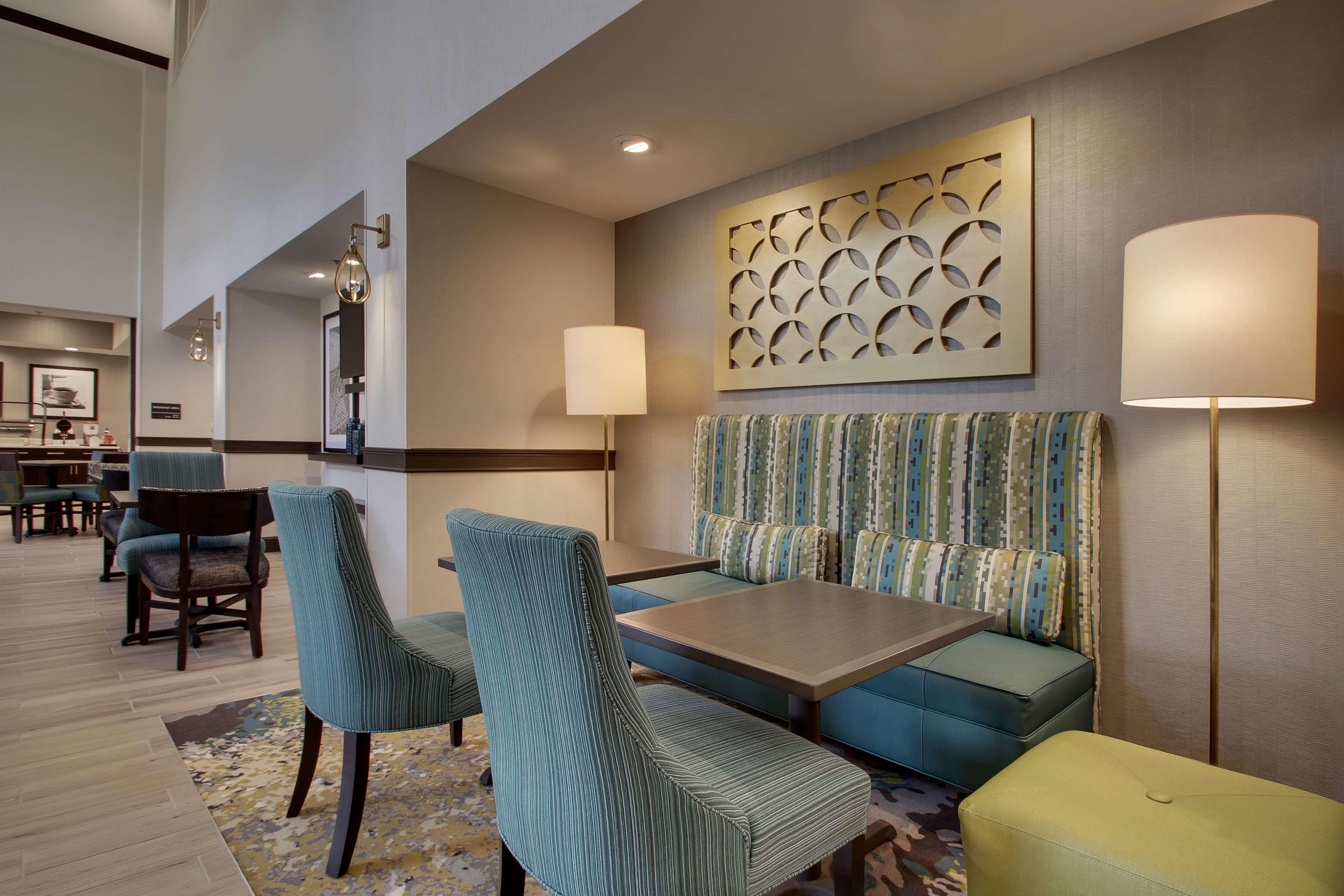 Hampton Inn & Suites Knightdale Raleigh image 3
