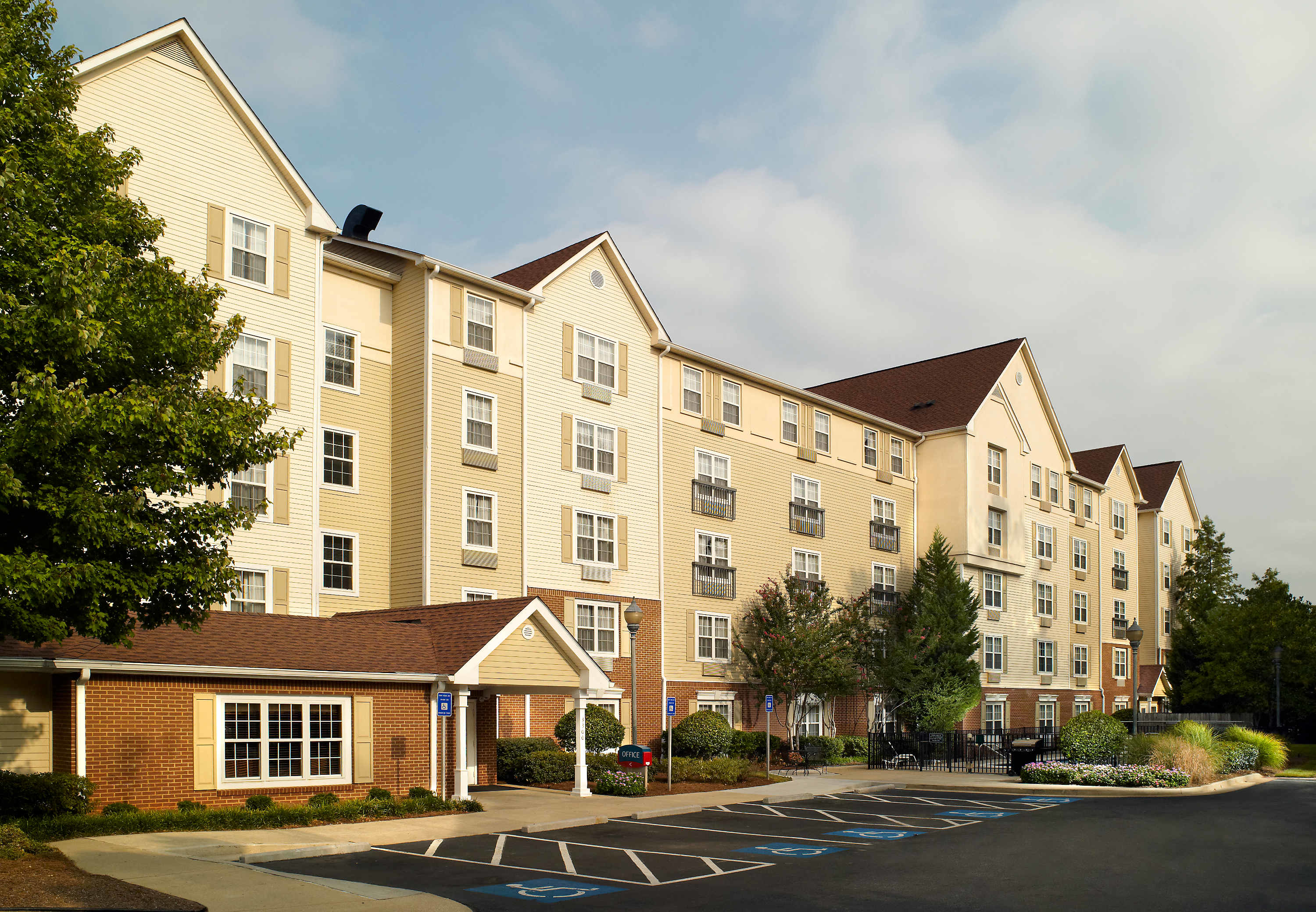 TownePlace Suites by Marriott Atlanta Northlake image 9