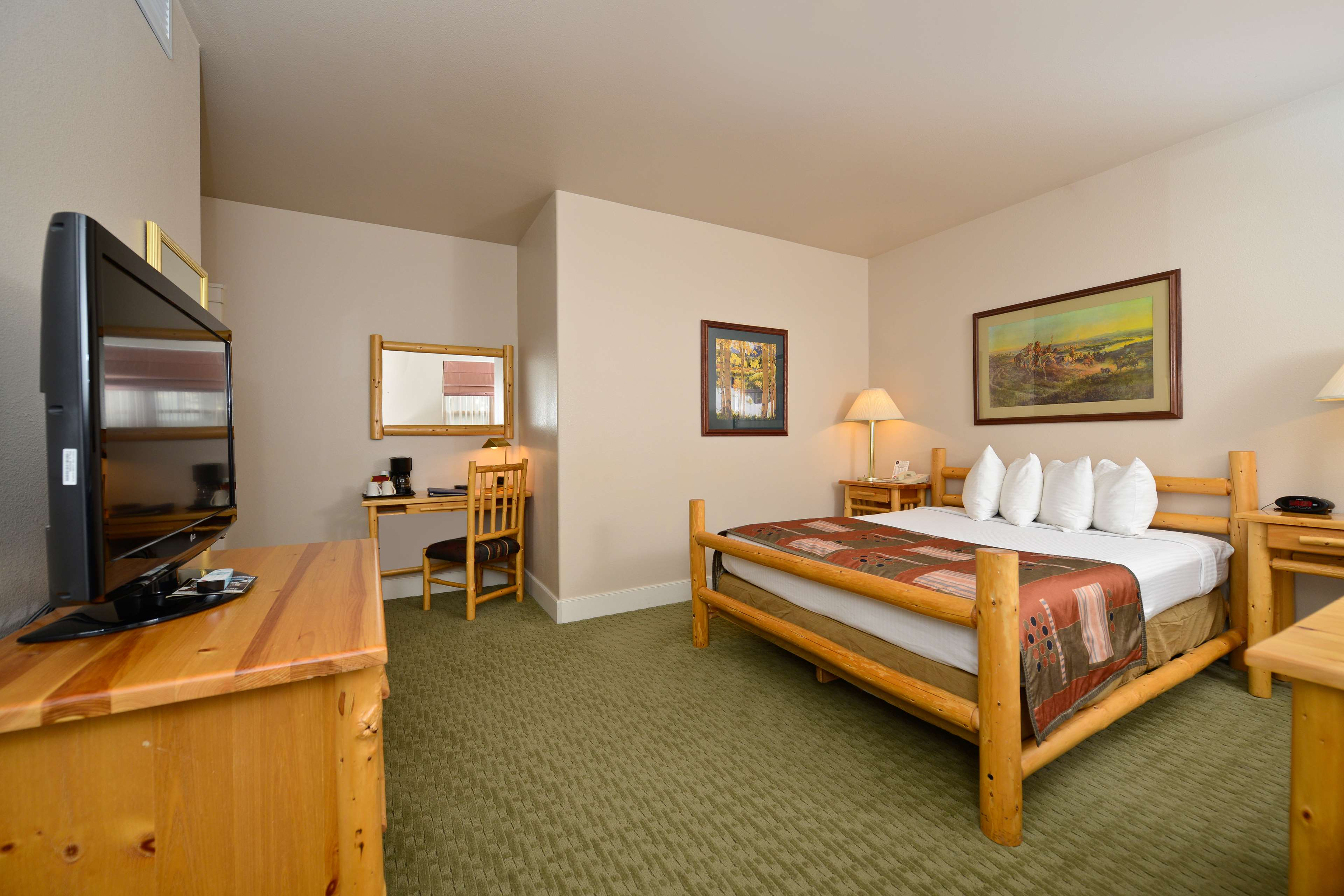 Best Western Plus Plaza Hotel image 32
