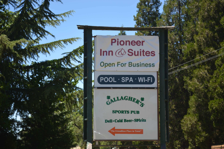Pioneer Inn & Suites image 4