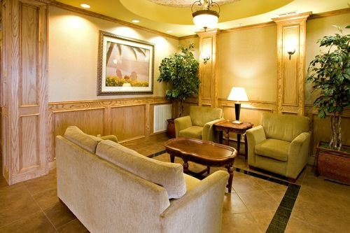 Holiday Inn Express & Suites Corpus Christi NW - Calallen image 1