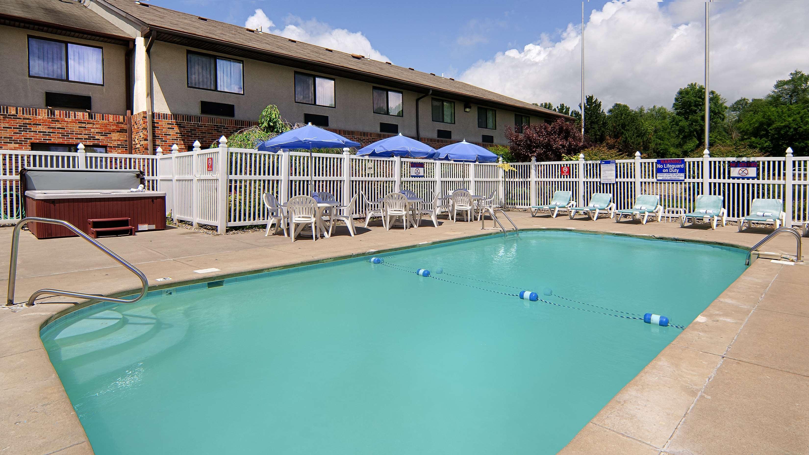 Best Western Kendallville Inn image 2