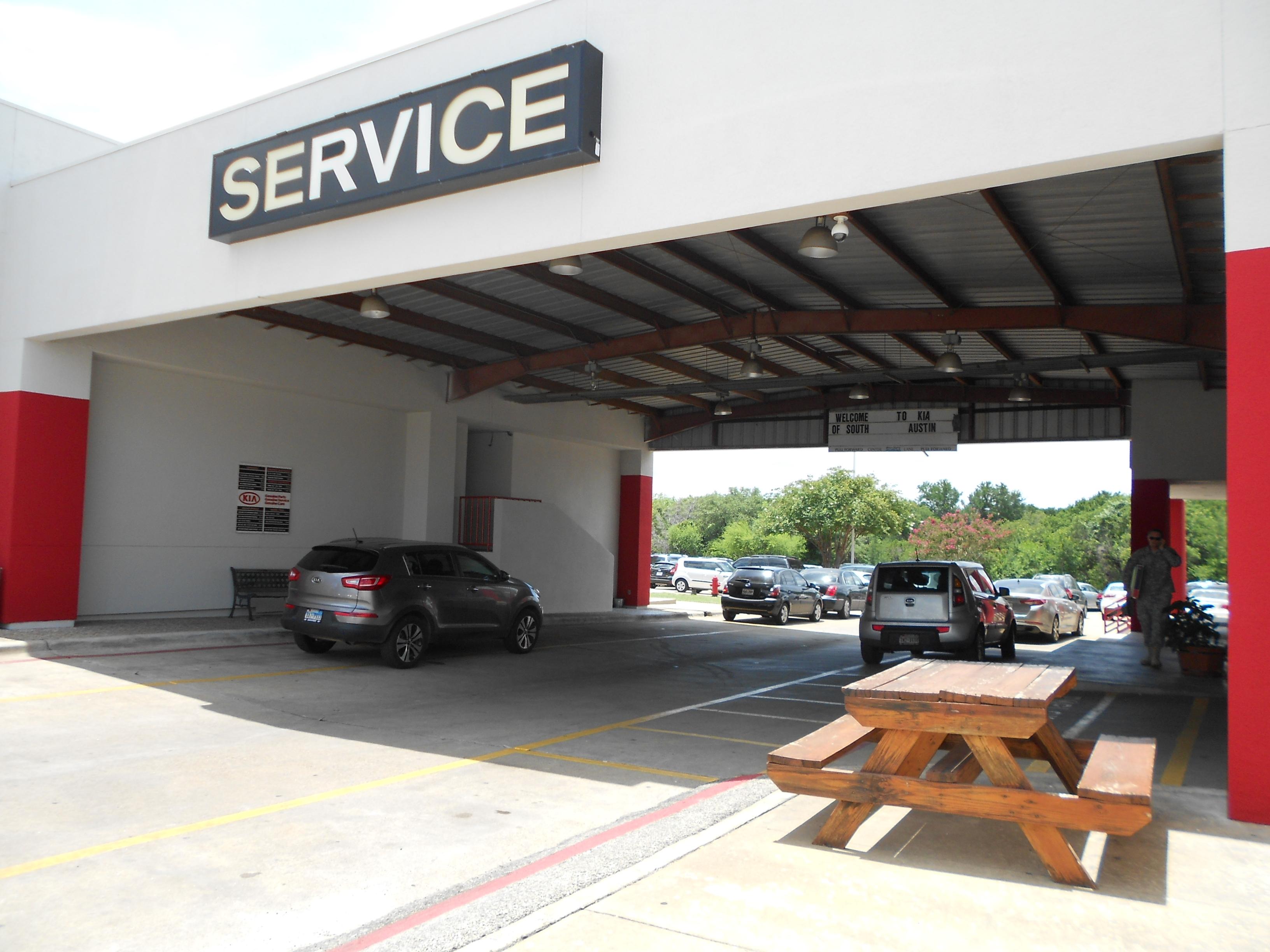 Kia of South Austin image 0