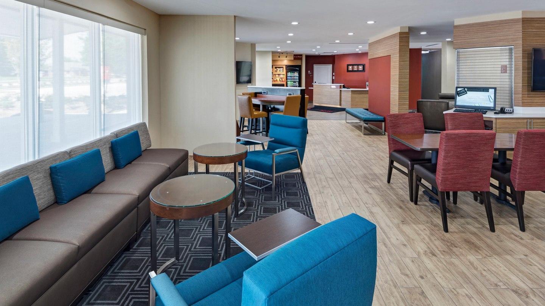TownePlace Suites by Marriott Baton Rouge Port Allen image 1