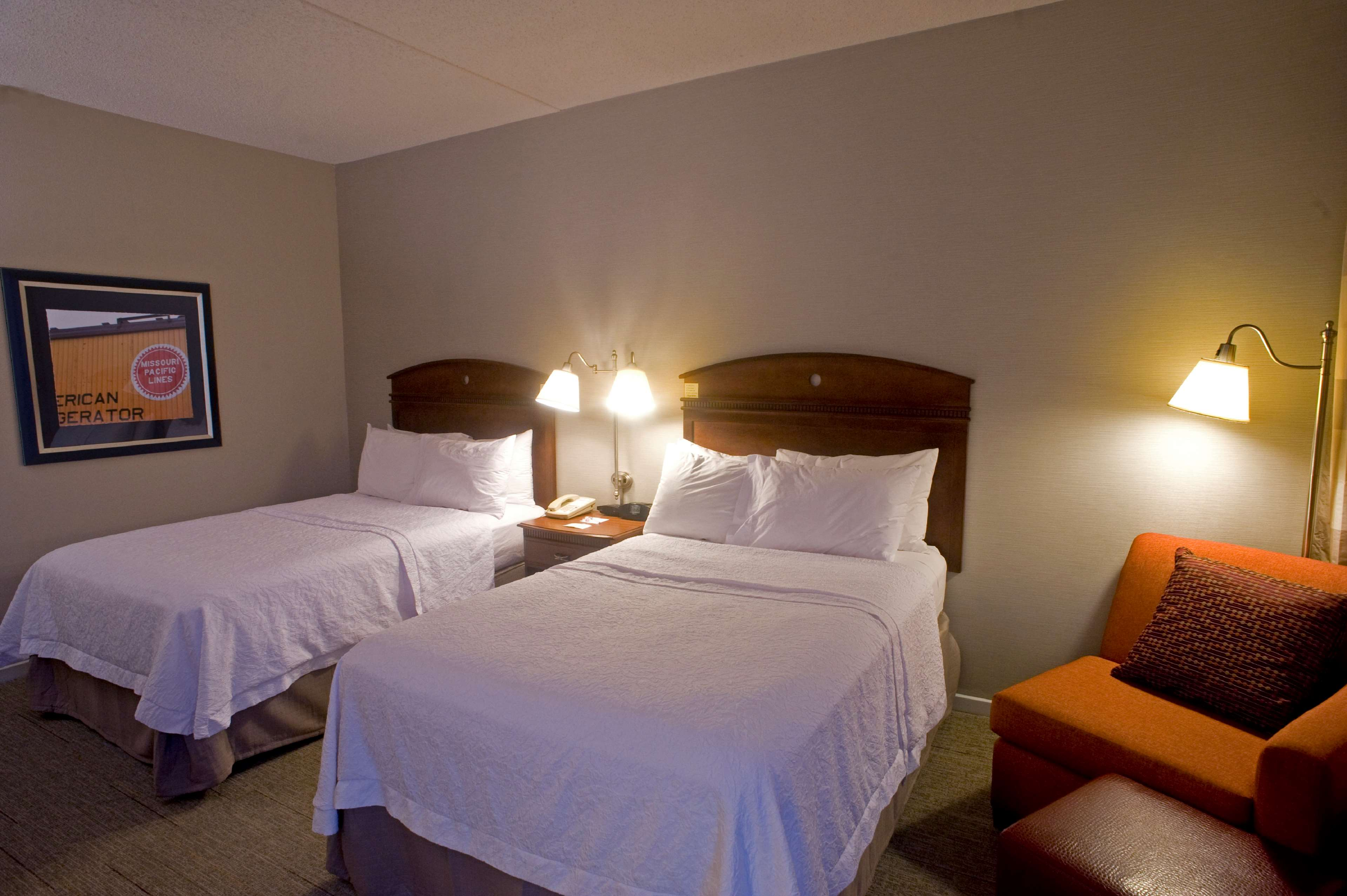 Hampton Inn Springfield-South image 28