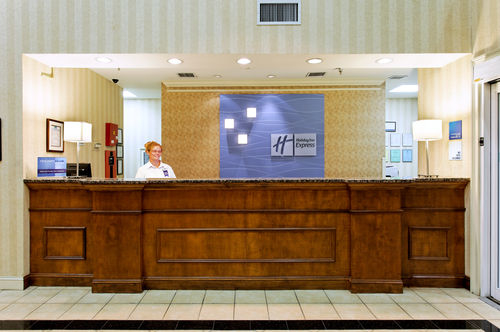 Holiday Inn Express & Suites Cullman image 1
