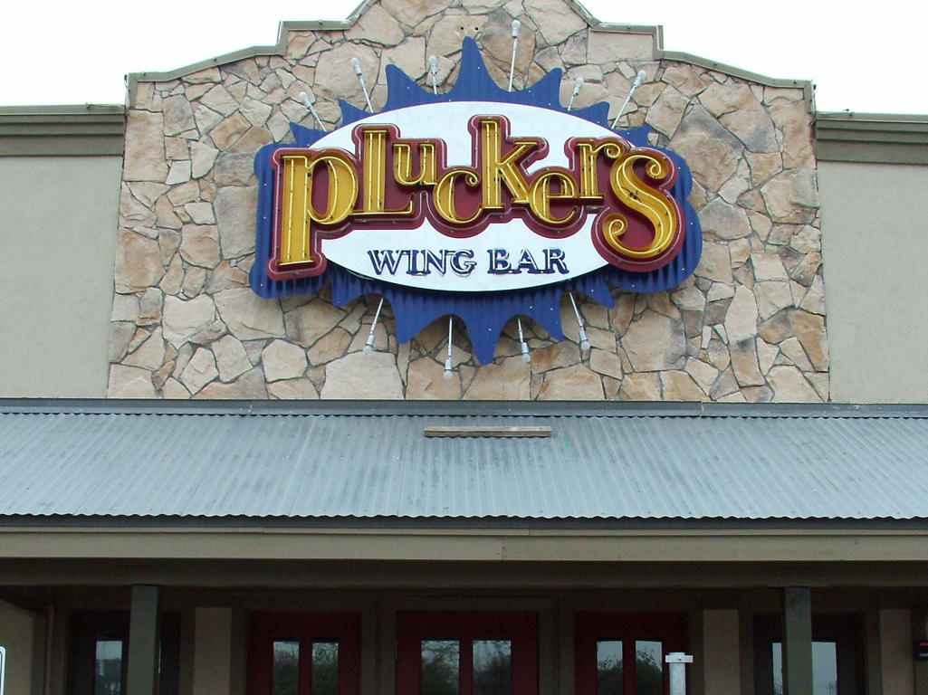 Pluckers Wing Bar in Austin, TX, photo #2