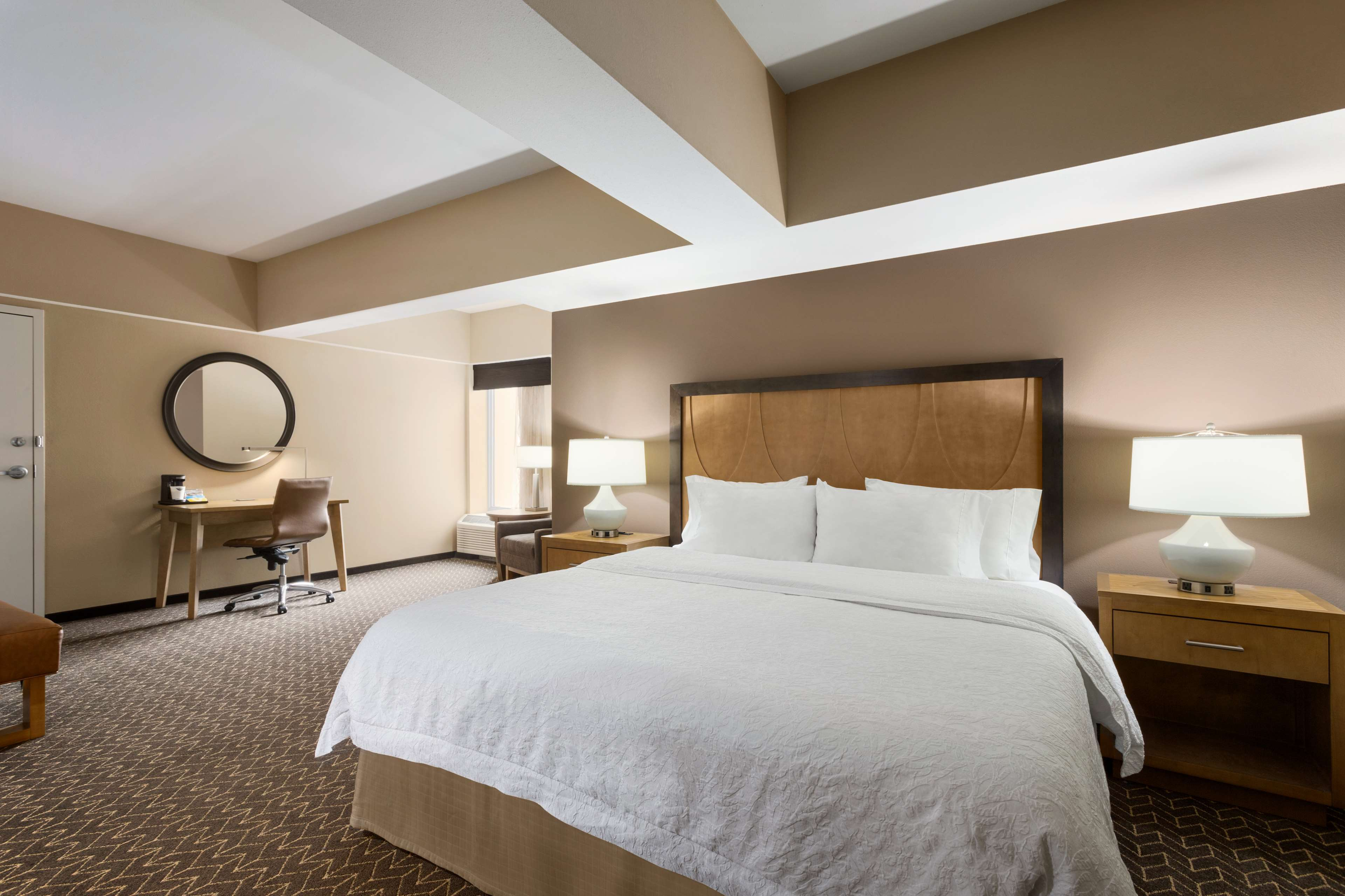 Hampton Inn and Suites Clayton/St Louis-Galleria Area image 21