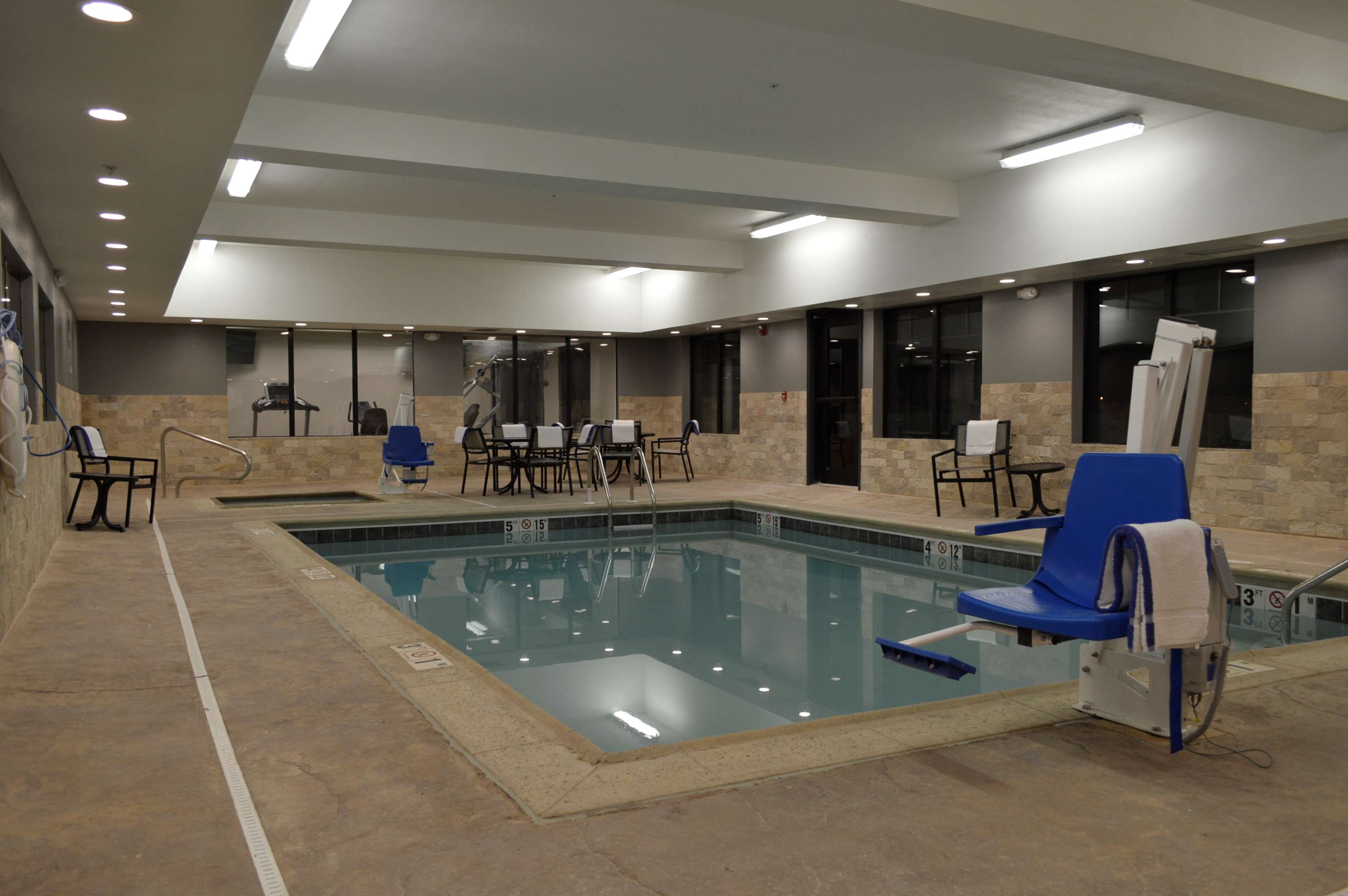 Best Western Plus Stevens County Inn image 17