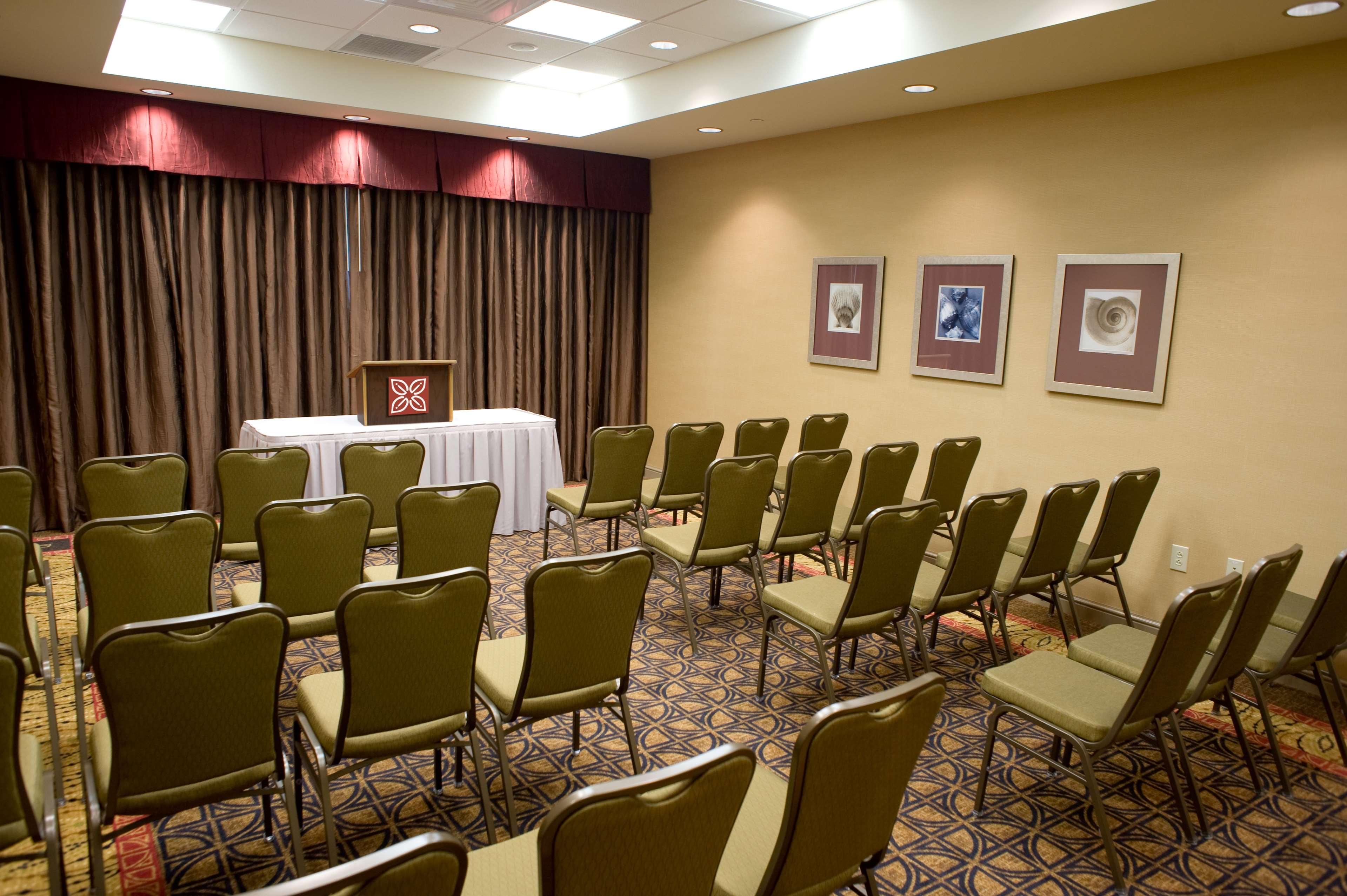 Hilton Garden Inn Pensacola Airport - Medical Center image 29