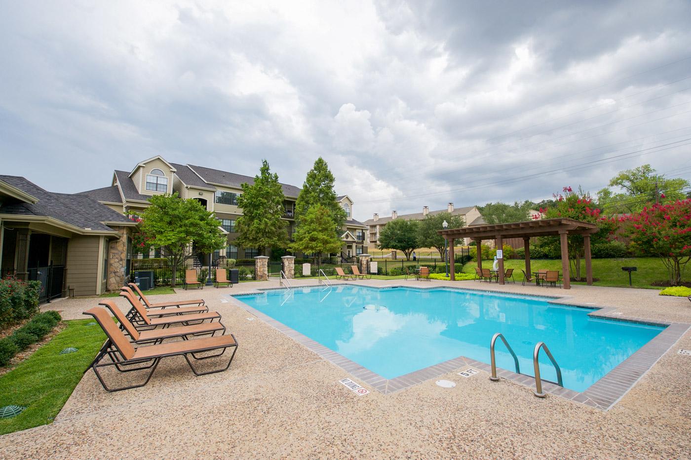 Dominion Park Apartments Reviews