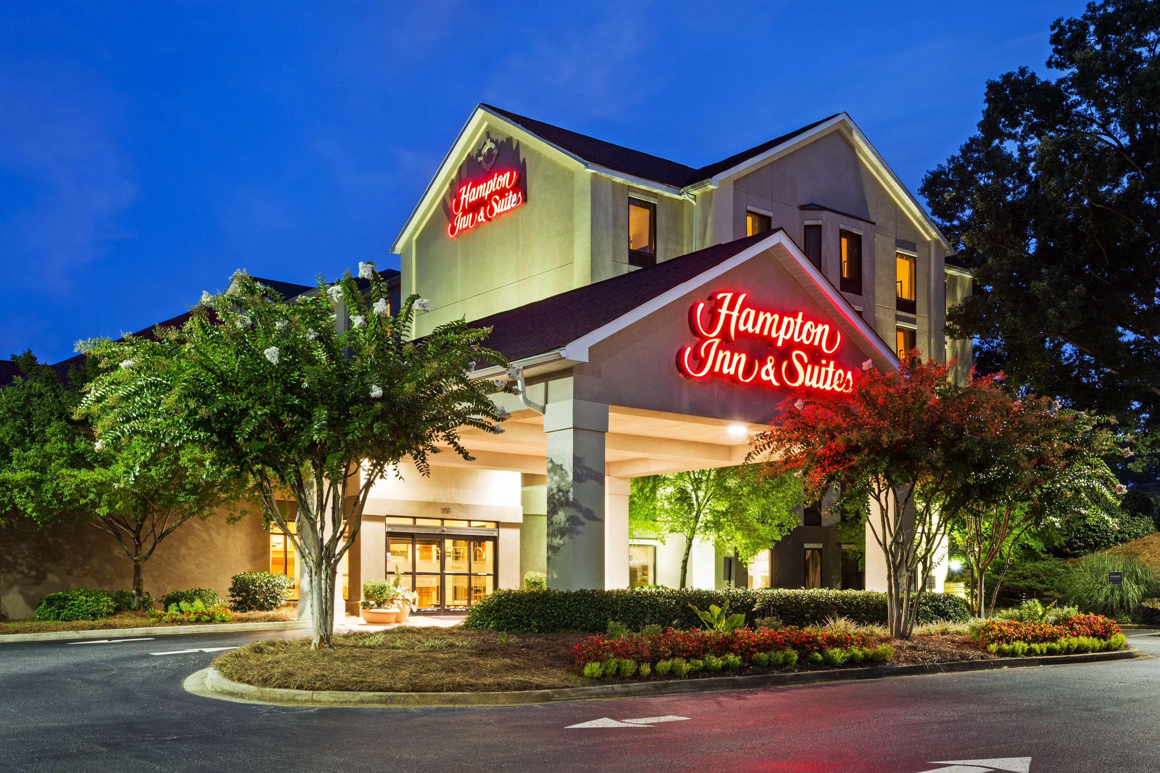 Hampton Inn & Suites Greenville/Spartanburg I-85 image 2