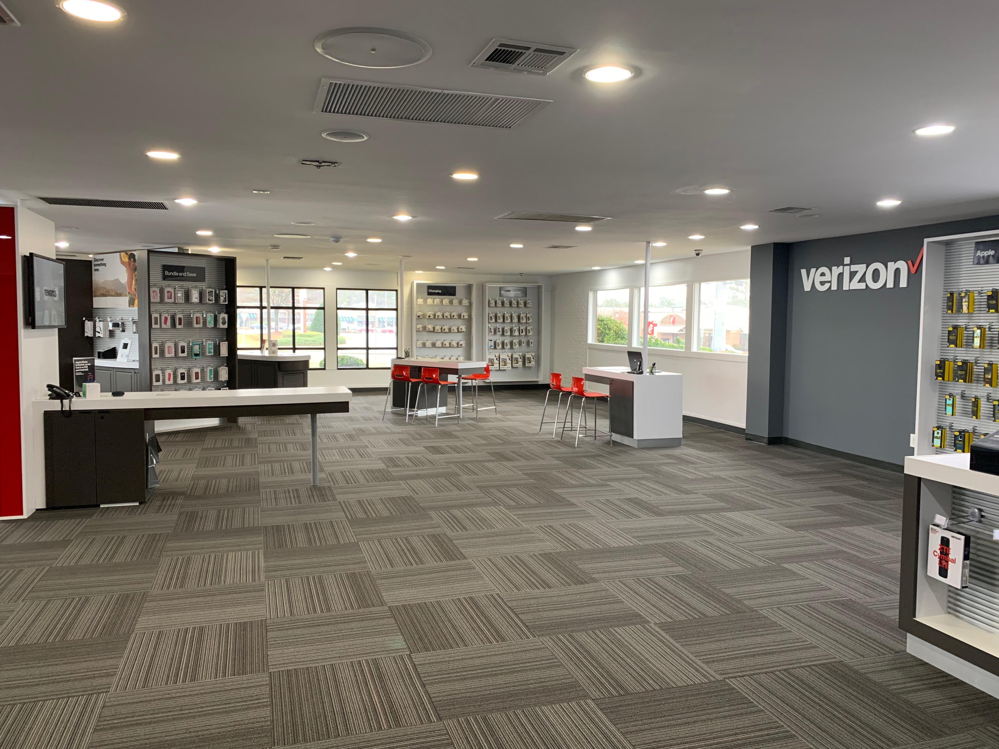 Verizon Authorized Retailer – TCC image 3