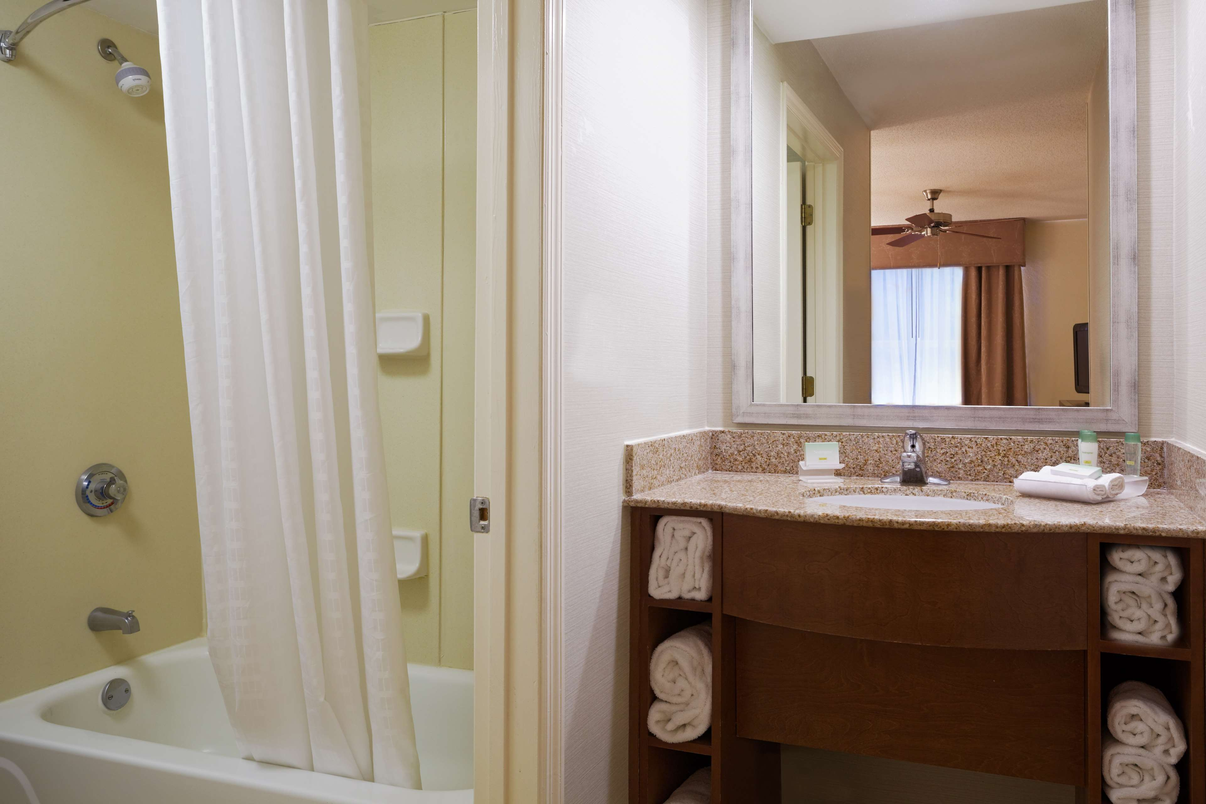 Homewood Suites by Hilton Raleigh-Durham AP/Research Triangle image 10