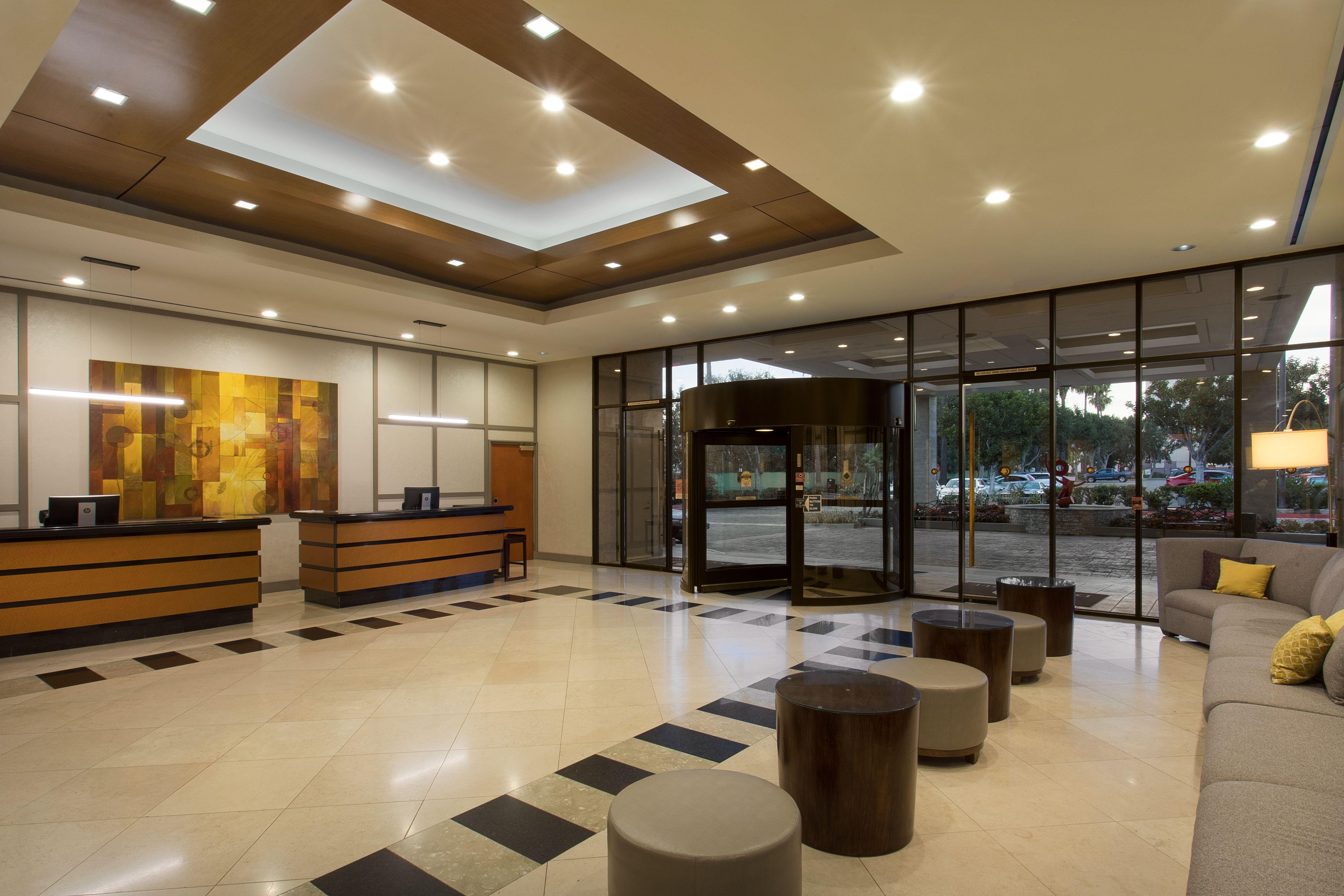 doubletree by hilton hotel los angeles norwalk in. Black Bedroom Furniture Sets. Home Design Ideas