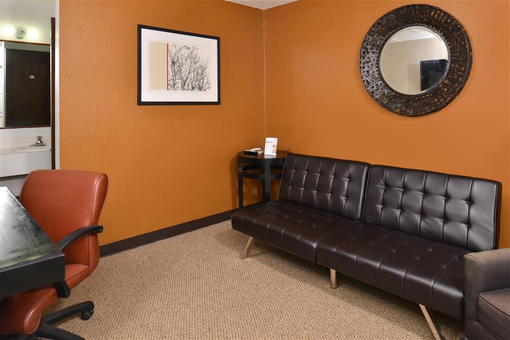 Americas Best Value Inn & Suites Grand Island image 10