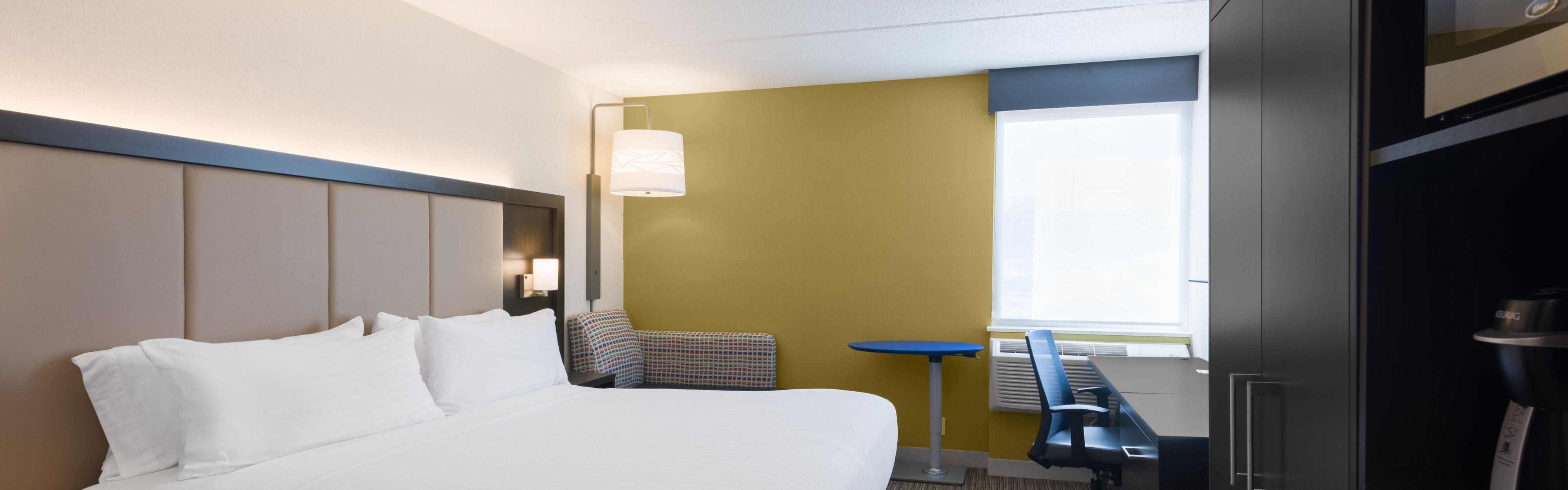 Holiday Inn Express Ramsey-Mahwah image 1