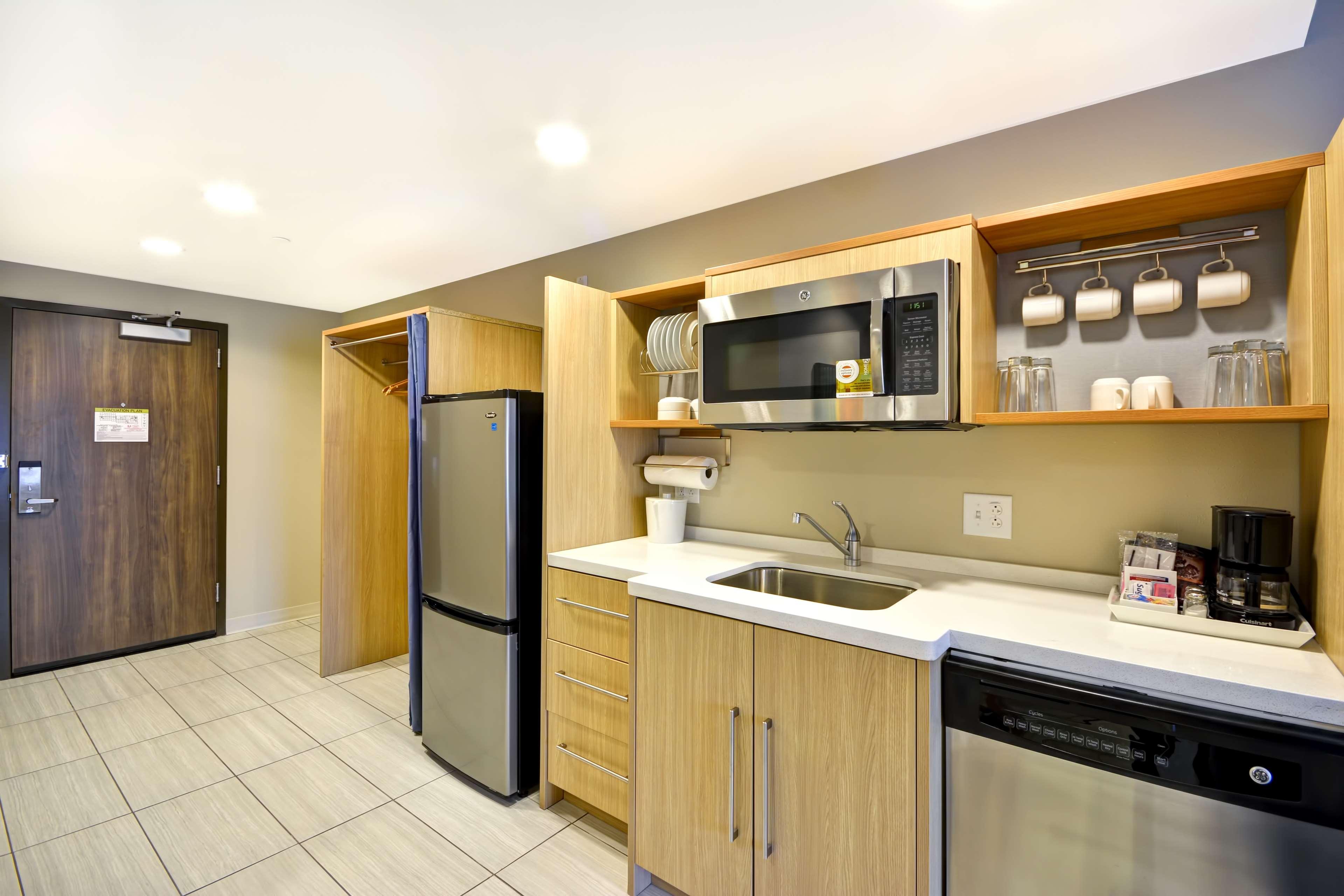 Home2 Suites by Hilton  St. Simons Island image 28