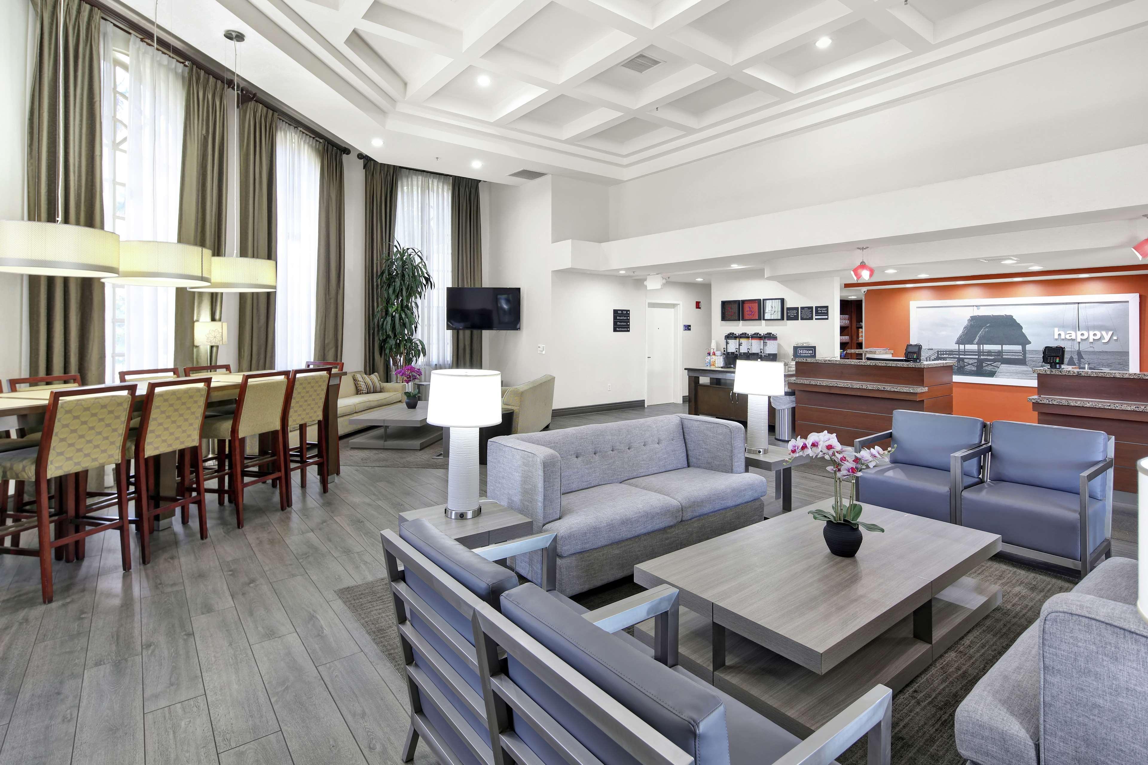Hampton Inn & Suites Santa Ana/Orange County Airport in Santa Ana, CA, photo #5