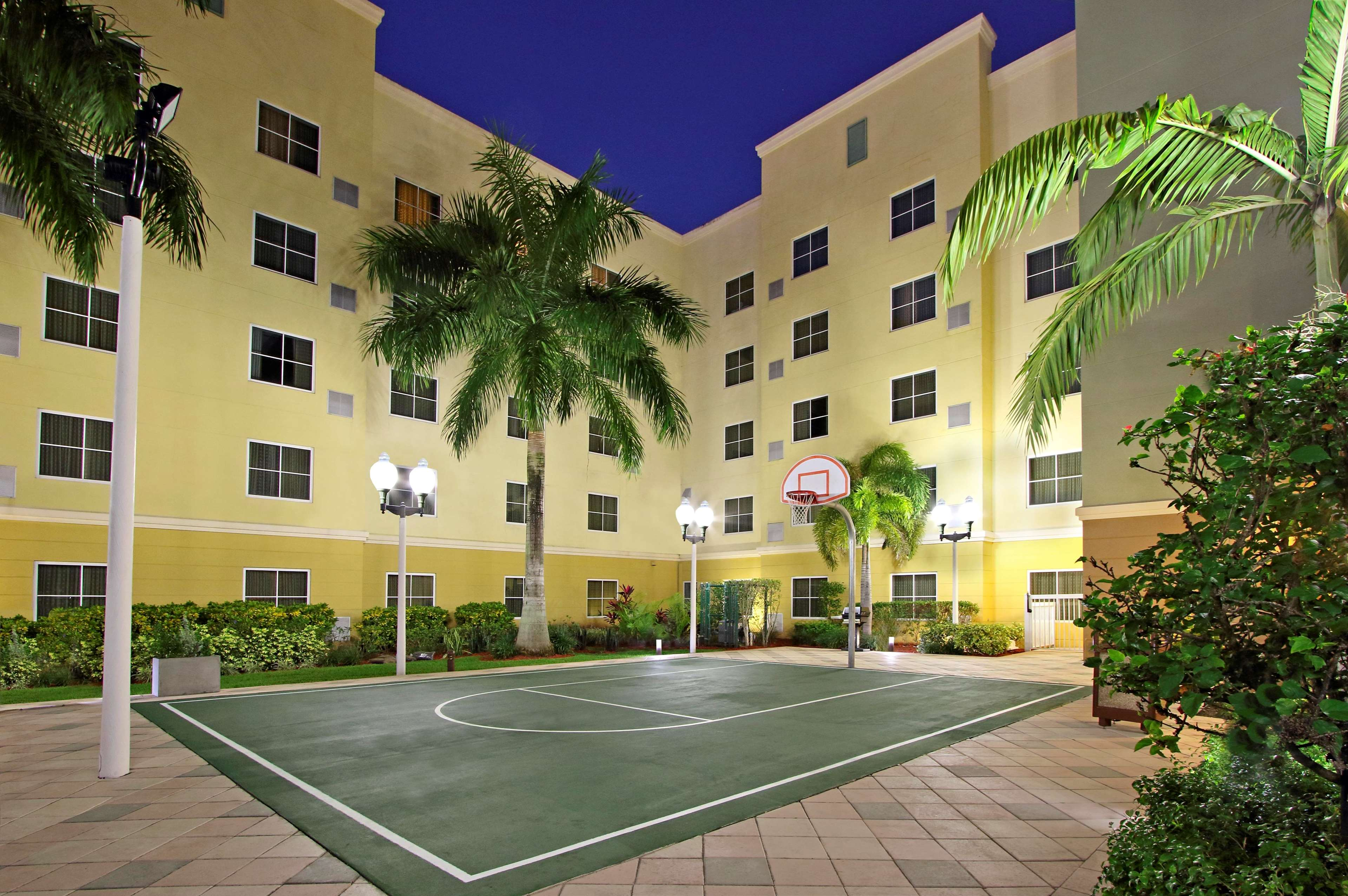 Homewood Suites by Hilton Miami - Airport West image 17