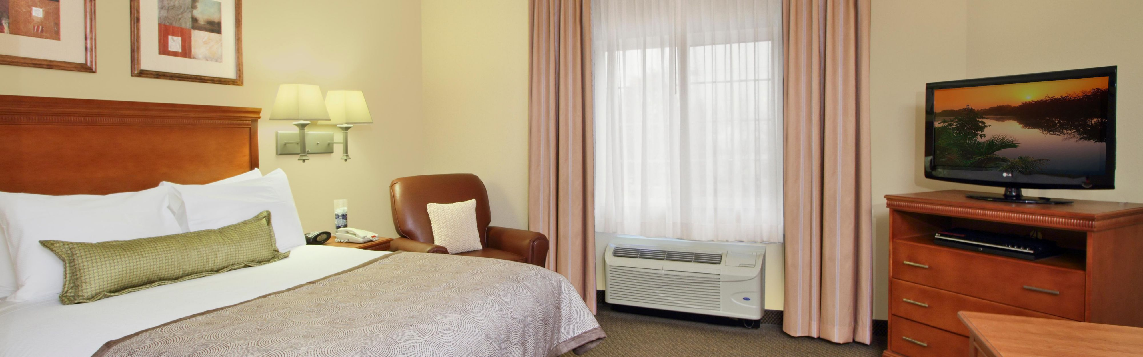 Candlewood Suites Norfolk Airport image 1