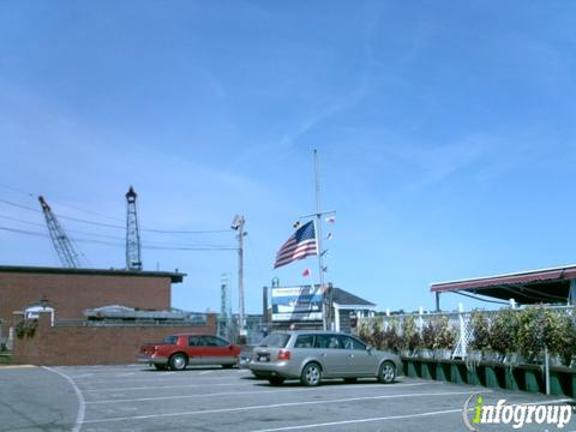 Portsmouth Harbor Cruises image 1