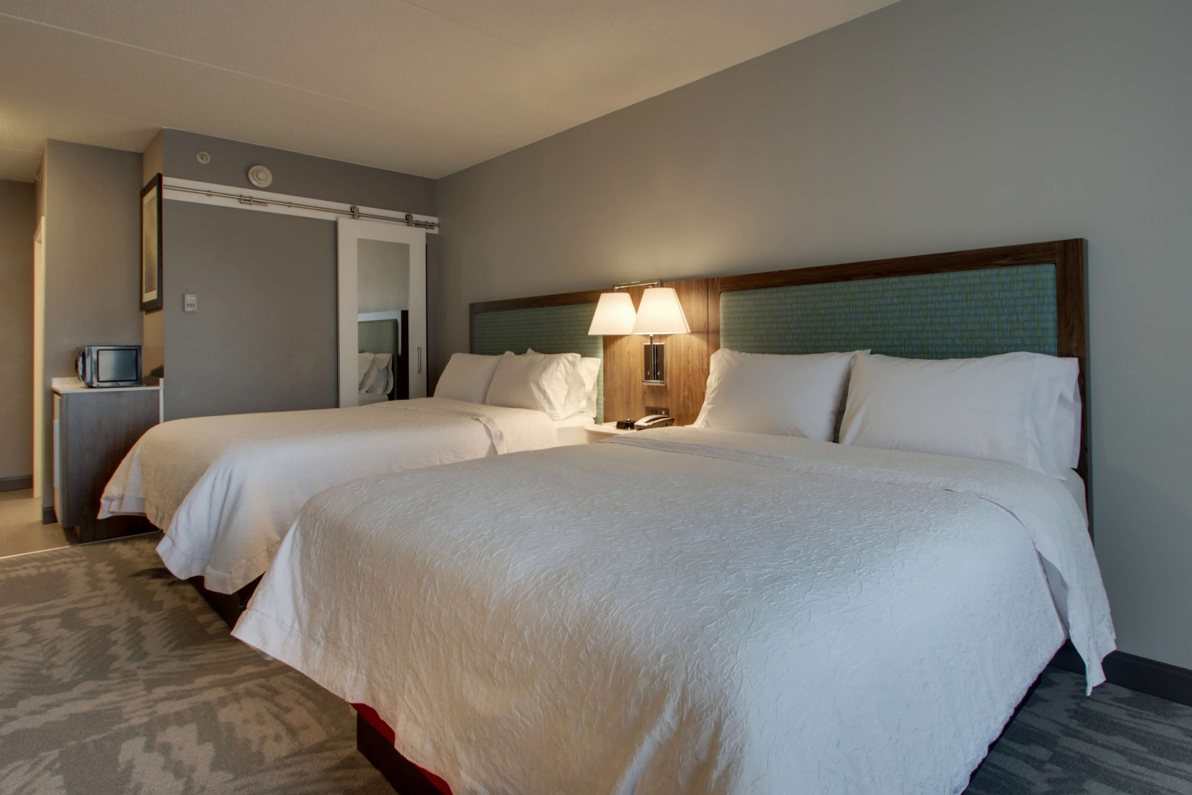 Hampton Inn & Suites Chicago/Aurora image 29