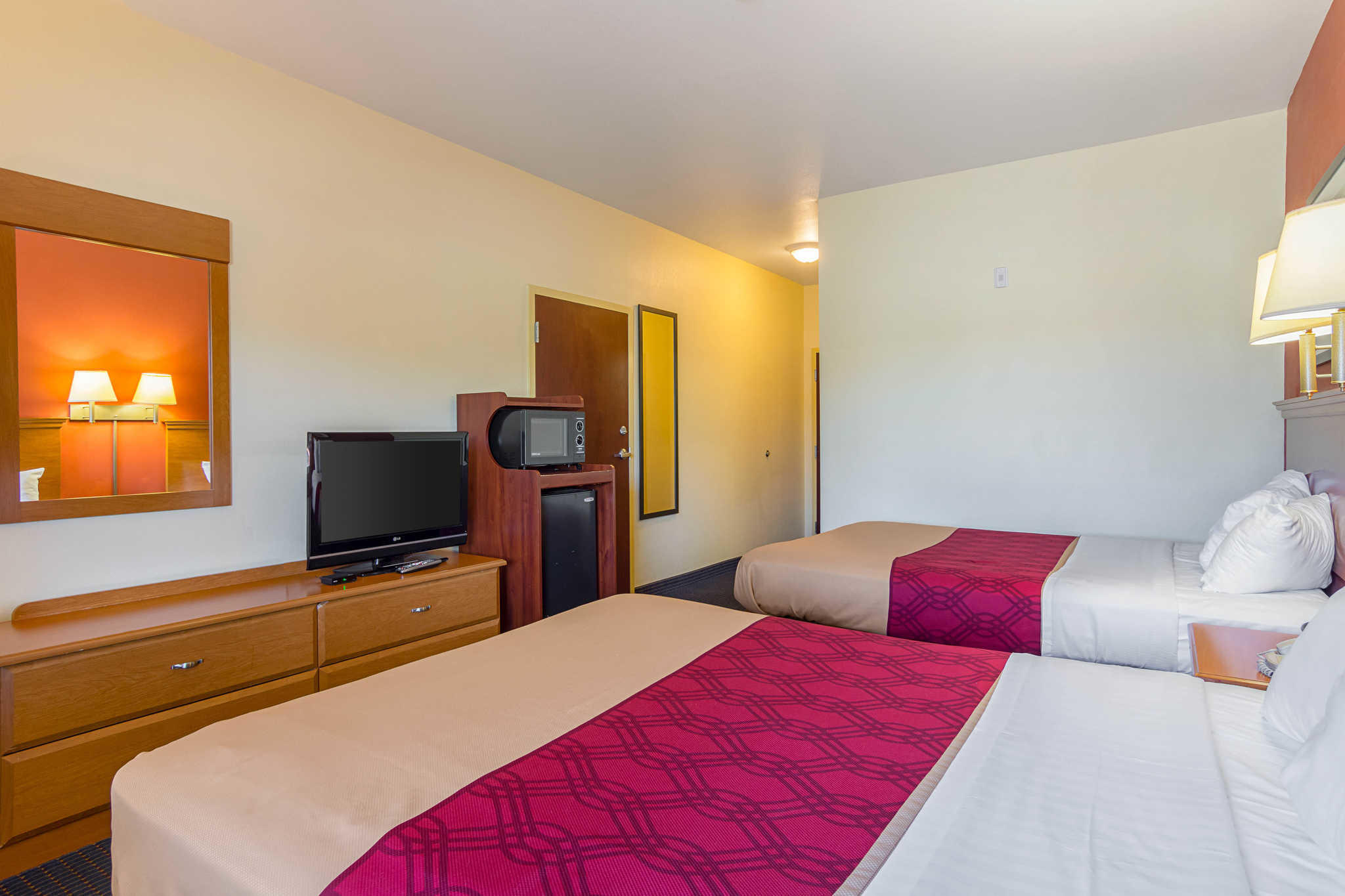 Econo Lodge Inn & Suites Pritchard Road North Little Rock image 12