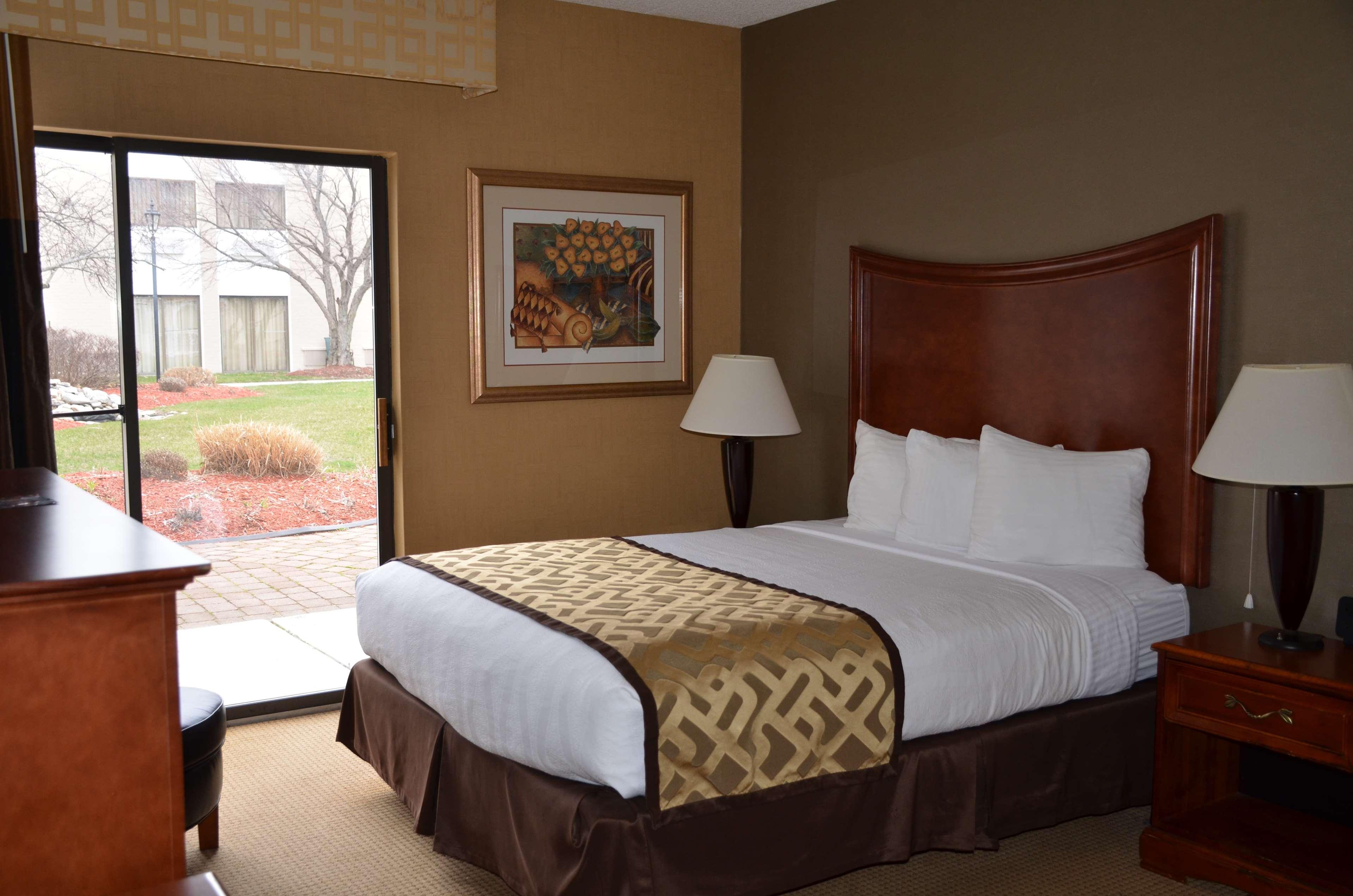 Best Western Plus North Haven Hotel image 28