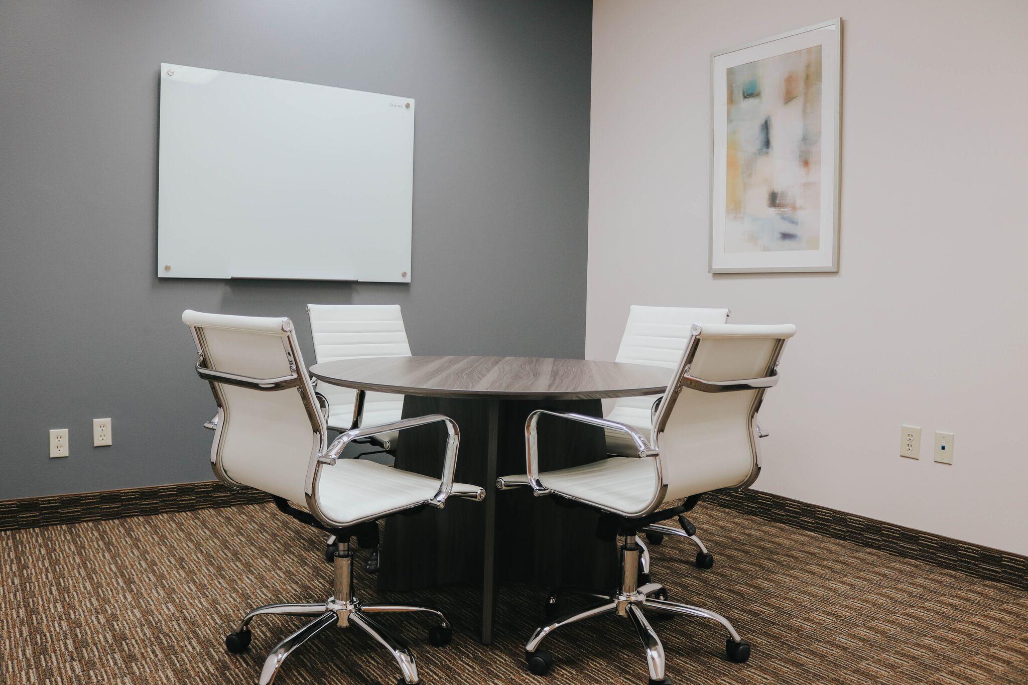 Executive Workspace image 7