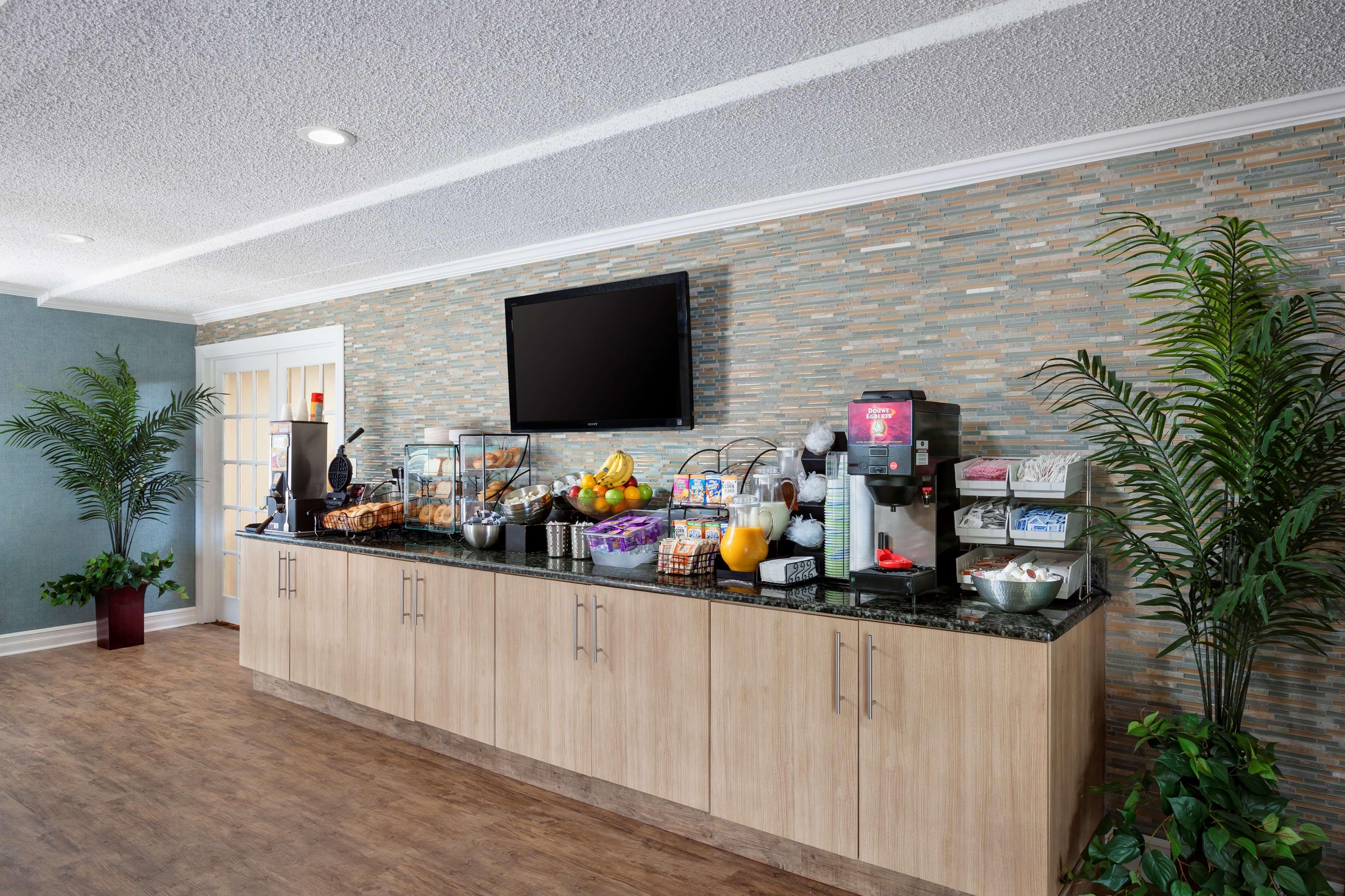 Best Western Leisure Inn image 3