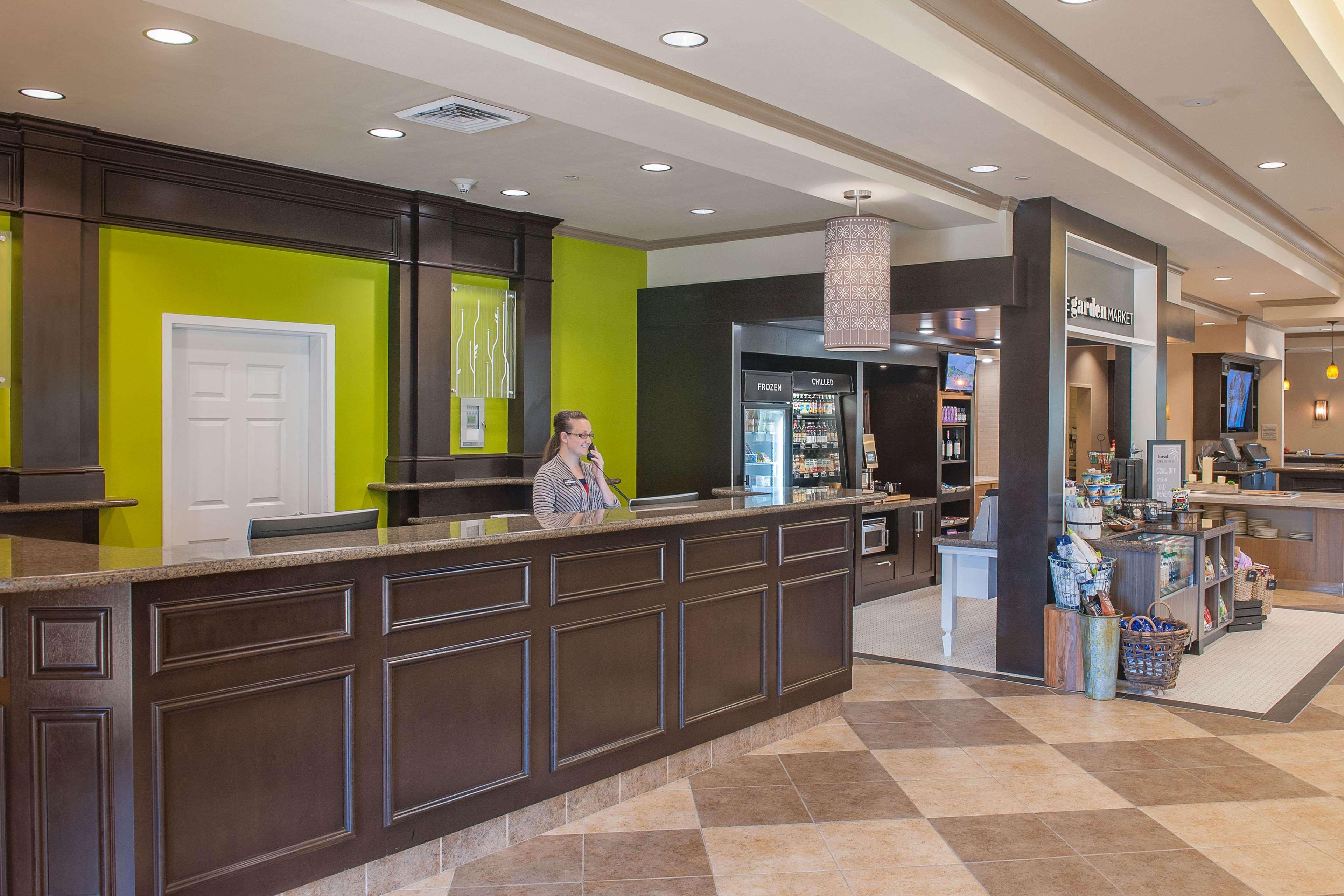 Hilton Garden Inn Pensacola Airport - Medical Center image 3